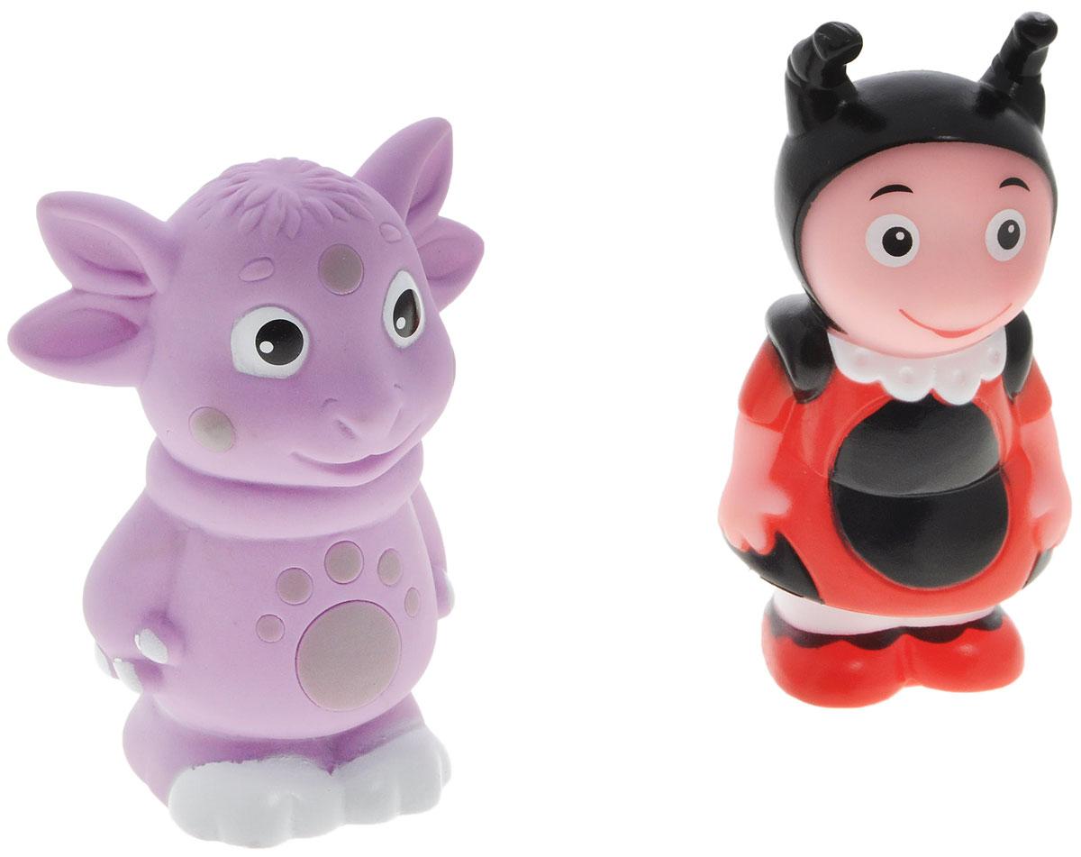 Играем вместе Набор игрушек для ванной Лунтик и друзья 2 шт158R-159R-PVCС набором игрушек для ванной Играем вместе Лунтик и друзья принимать водные процедуры станет еще веселее и приятнее. В набор входят 2 игрушки в виде Лунтика и божьей коровки Милы из популярного мультфильма. Игрушки могут брызгать водой и пищать. Набор доставит ребенку большое удовольствие и поможет преодолеть страх перед купанием. Игрушки для ванной способствуют развитию воображения, цветового восприятия, тактильных ощущений и мелкой моторики рук.