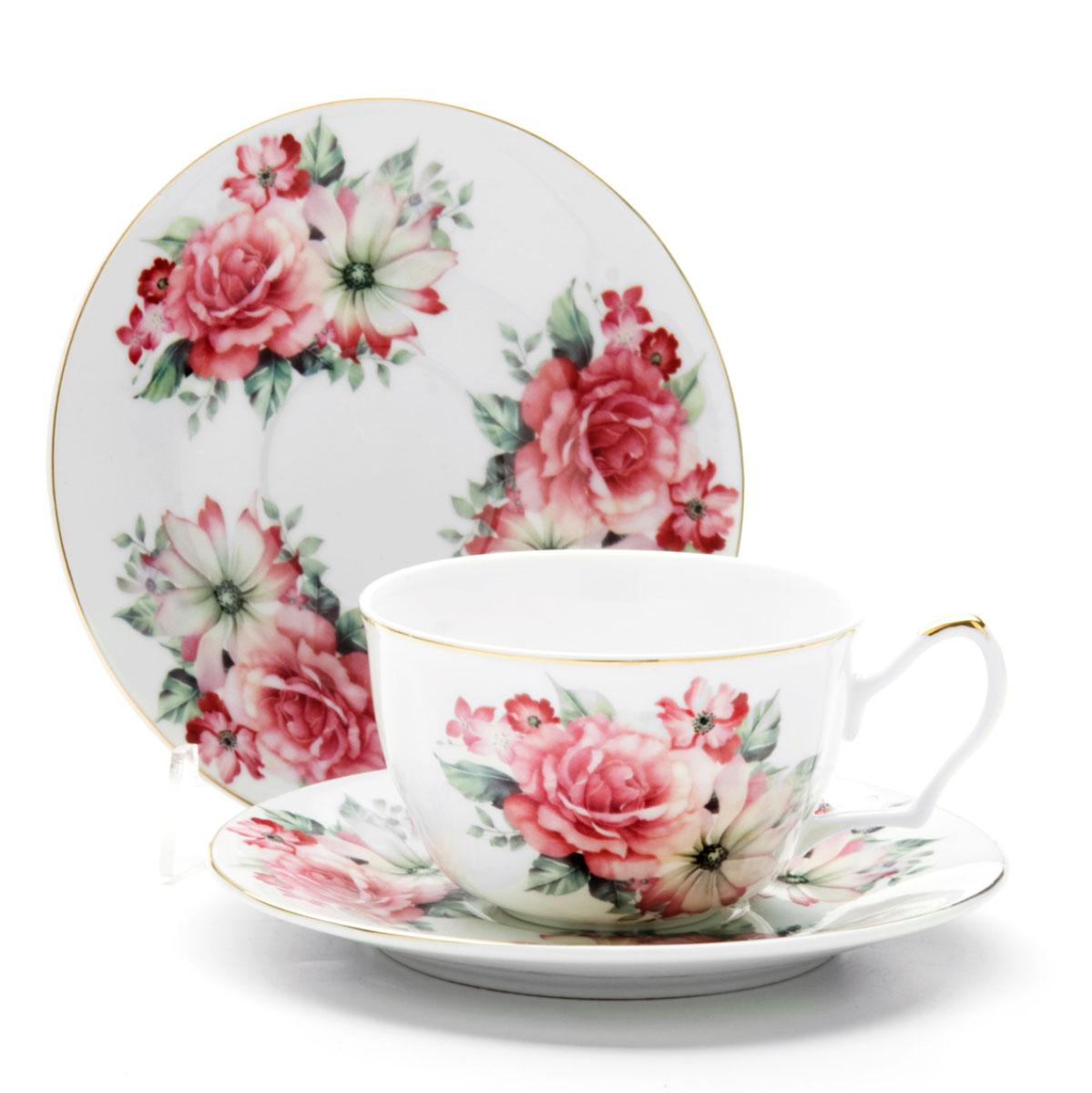 Чайная пара Loraine Розы, 250 мл, 4 предмета. 2459424594Этот чайный набор, выполненный из керамики, состоит из двух чашек и двух блюдец. Предметы набора оформлены ярким изображением цветов. Изящный дизайн и красочность оформления придутся по вкусу и ценителям классики, и тем, кто предпочитает утонченность и изысканность. Чайный набор - идеальный и необходимый подарок для вашего дома и для ваших друзей в праздники, юбилеи и торжества! Он также станет отличным корпоративным подарком и украшением любой кухни. Чайный набор упакован в подарочную коробку из плотного цветного картона. Внутренняя часть коробки задрапирована белым атласом.
