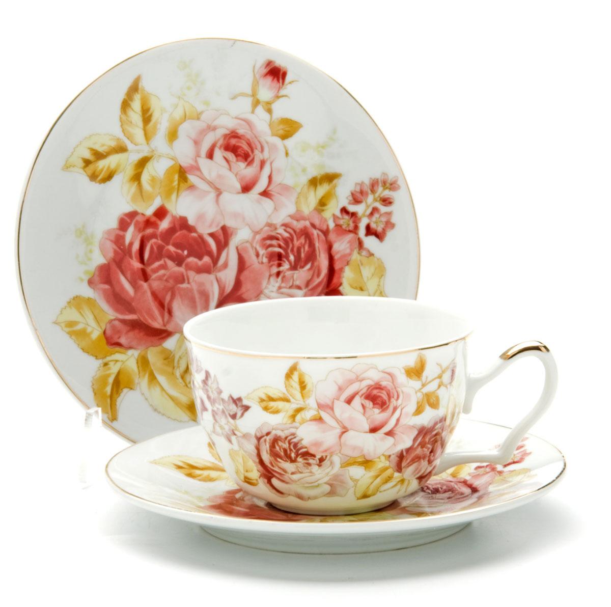 Чайная пара Loraine Розы, 250 мл, 4 предмета. 2459224592Этот чайный набор, выполненный из керамики, состоит из двух чашек и двух блюдец. Предметы набора оформлены ярким изображением цветов. Изящный дизайн и красочность оформления придутся по вкусу и ценителям классики, и тем, кто предпочитает утонченность и изысканность. Чайный набор - идеальный и необходимый подарок для вашего дома и для ваших друзей в праздники, юбилеи и торжества! Он также станет отличным корпоративным подарком и украшением любой кухни. Чайный набор упакован в подарочную коробку из плотного цветного картона. Внутренняя часть коробки задрапирована белым атласом.