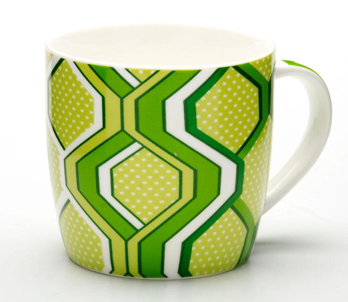 Кружка Loraine, цвет: светло-зеленый, 320 мл. 2448724487_светло-зеленыйКружка Loraine изготовлена из прочного качественного костяного фарфора. Изделие оформлено красочным рисунком. Благодаря своим термостатическим свойствам, изделие отлично сохраняет температуру содержимого - морозной зимой кружка будет согревать вас горячим чаем, а знойным летом, напротив, радовать прохладными напитками. Такой аксессуар создаст атмосферу тепла и уюта, настроит на позитивный лад и подарит хорошее настроение с самого утра. Это оригинальное изделие идеально подойдет в подарок близкому человеку. Диаметр (по верхнему краю): 8,5 см. Высота кружки: 8,2 см. Объем: 320 мл.