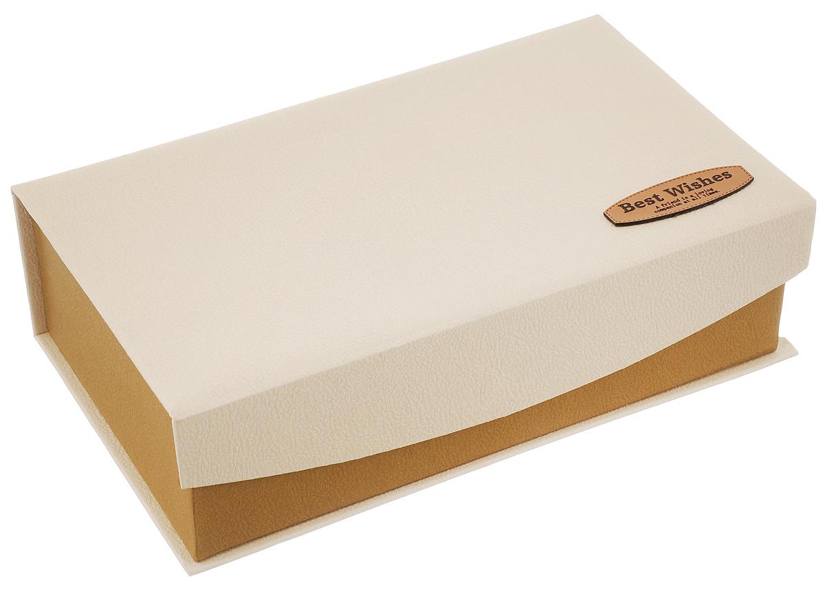 Коробка подарочная Packing Symphony Best Wishes, цвет: бежевый, коричневый, 25 х 15 х 7,5 см80036958_бежевыйКартонная коробка Packing Symphony Best Wishes - это один из самых оригинальных вариантов упаковки подарков. Любой, даже самый нестандартный подарок, упакованный в такую коробку, создаст момент легкой интриги, а плотный картон сохранит содержимое в первоначальном виде. Оригинальный дизайн самой коробки будет долго напоминать владельцу о трогательных моментах получения подарка.