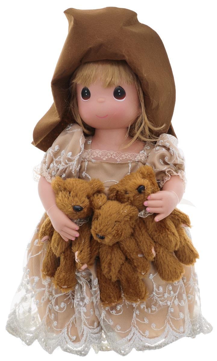 Precious Moments Кукла Сокровища сердца1186Каждая кукла Precious Moments, созданная известной американской волшебницей Линдой Рик, неповторима, имеет свой образ, характер и имя. Кукла создана из лучших материалов, а одежда сшита так, будто ее собиралась носить сама Королева. Длинные и гладкие локоны, озорные кудряшки, строгие вечерние прически, светящиеся глаза-капельки, очаровательные улыбки... Куклы имеют пять базовых точек артикуляции. Кукла Сокровища сердца одета в длинное платье, украшенное вышивкой и блестками. На голове куклы красуется шляпа с большими полями. У куклы длинные светлые волосы, заплетенную в косу, и большие карие глаза. В руках девочка держит трех плюшевых медвежат. Игра с куклой разовьет в вашей малышке чувство ответственности и заботы. Порадуйте свою принцессу таким великолепным подарком!