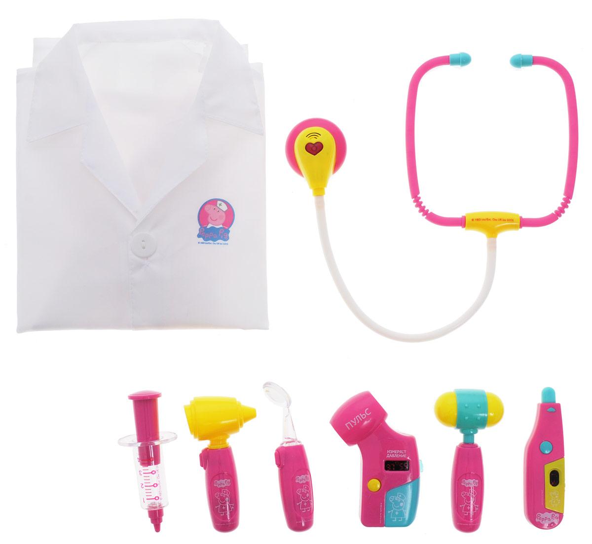Peppa Pig Игрушечный набор Пеппа доктор 8 предметов29923Игрушечный набор Пеппа доктор поможет вашему ребенку устроить веселые сюжетно-ролевые игры, в которых он сможет почувствовать себя настоящим врачом. Выполняя роль доктора, медсестры или пациента, малыш научится заботиться, ухаживать за больными, узнает простейшие основы медицины, научится общаться, будет развивать свой кругозор и словарный запас, обмениваться опытом и знаниями с друзьями. В наборе 8 предметов: халат текстильный, стетоскоп, отоскоп, шприц, молоточек, тонометр, зеркальце, термометр. Отоскоп, термометр, зеркальце и тонометр оснащены световыми эффектами, которые включаются при нажатии кнопки. Стетоскоп обладает световыми и звуковыми эффектами (звук бьющегося сердца). Все аксессуары выполнены из высококачественного безопасного пластика и текстиля. Игрушки работают от батареек типа AG10 и AG13 (товар комплектуется демонстрационными).
