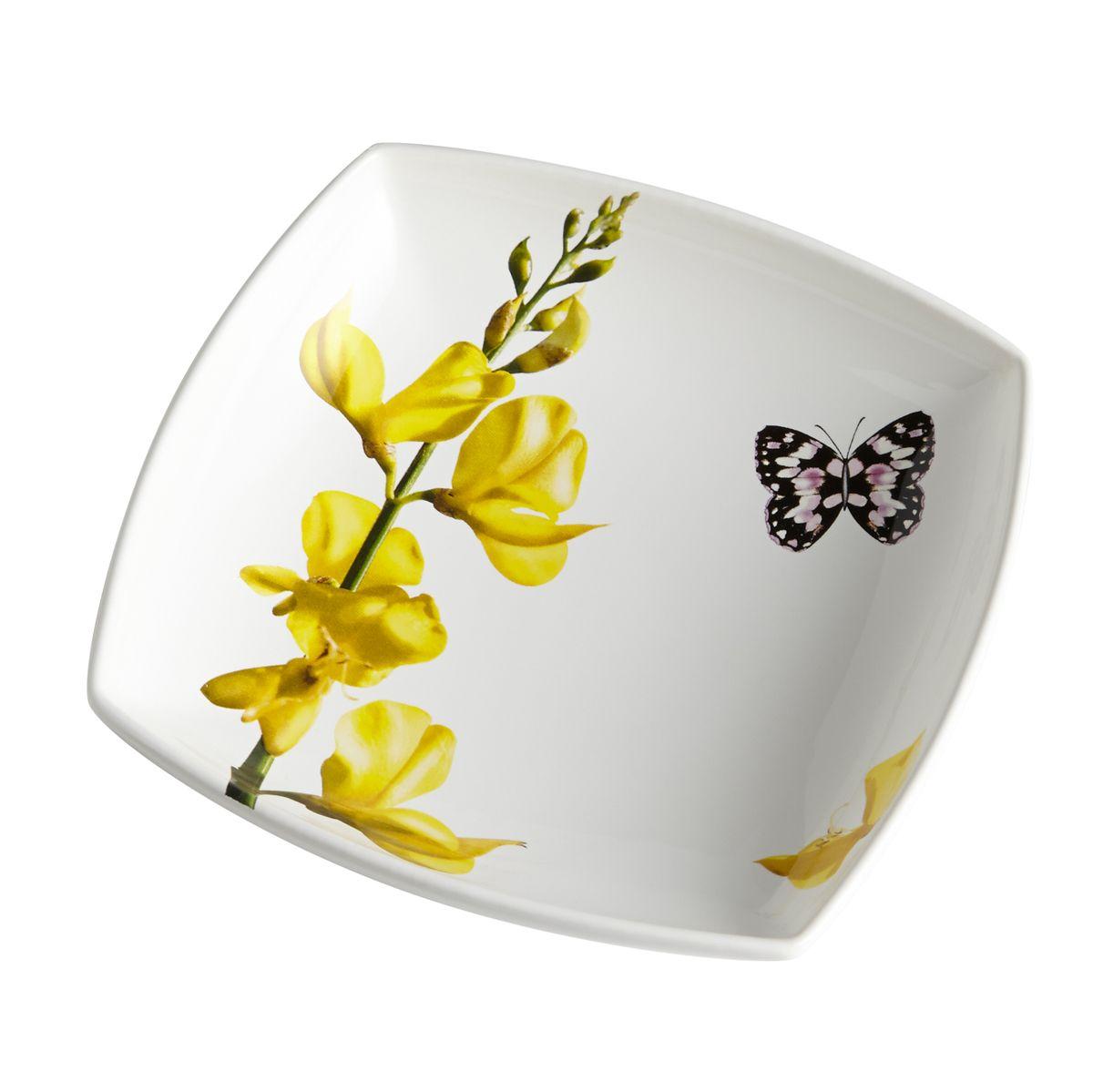 Тарелка суповая Лето. CV2-4348.1-ALCV2-4348.1-ALКерамическая посуда итальянской фабрики «Ceramiche Viva» известна не только своим превосходным качеством, но и удивительными, неповторимыми дизайнами, отличающими ее от любой другой керамической посуды.Помимо внешней привлекательности посуда «Ceramiche Viva» обладает и прекрасными практическими свойствами: посуду «Ceramiche Viva» можно мыть в посудомоечной машине и использовать в микроволновой печи. Не разрешается применять при мытье посуды абразивные порошки. Поверхность изделий покрыта высококачественной глазурью, не содержащей свинца.