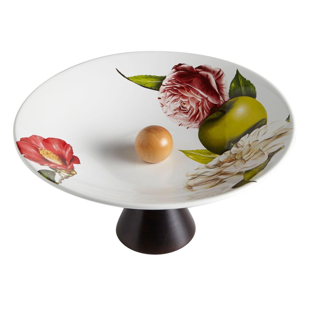 Ваза для фруктов на ножке Яблоки и камелии. CV2-4817-ALCV2-4817-ALКерамическая посуда итальянской фабрики «Ceramiche Viva» известна не только своим превосходным качеством, но и удивительными, неповторимыми дизайнами, отличающими ее от любой другой керамической посуды.Помимо внешней привлекательности посуда «Ceramiche Viva» обладает и прекрасными практическими свойствами: посуду «Ceramiche Viva» можно мыть в посудомоечной машине и использовать в микроволновой печи. Не разрешается применять при мытье посуды абразивные порошки. Поверхность изделий покрыта высококачественной глазурью, не содержащей свинца.