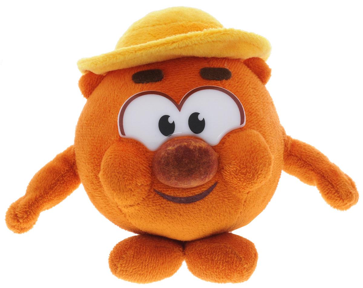 Мульти-Пульти Мягкая озвученная игрушка Смешарики Копатыч 10 смSF1401_КопатычОчаровательная мягкая озвученная игрушка Мульти-Пульти Смешарики. Копатыч, выполненная в виде персонажа всеми любимого мультфильма медведя Копатыча, вызовет умиление и улыбку у каждого, кто ее увидит. Игрушка удивительно приятна на ощупь, она может стать отличным подарком, а может быть и лучшим другом на все времена. Копатыч - неутомимый огородник. Это он выращивает самую сладкую морковку для Кроша и вкуснейшую вишню для пирогов Кар-Карыча. Экспериментатор и любитель генной инженерии. Добродушный, отзывчивый и целеустремленный. Единственное, что может рассердить этого добрейшего медведя - наглые сорняки, которые постоянно норовят забраться в его сад! Но Смешарики всегда готовы прийти на выручку старому другу Нажав медведю на лапу, вы услышите забавные цитаты из мультфильма. Игрушка работает от незаменяемых батареек.