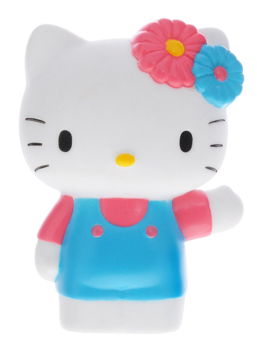 Играем вместе Игрушка для ванной Hello Kitty цвет белый голубой розовый42RИгрушка для ванной Играем вместе Hello Kitty обязательно понравится вашей малышке и развлечет ее во время купания. Она выполнена из безопасного материала в виде популярной кошечки Hello Kitty. Размер игрушки идеален для маленьких ручек малыша. Если сжать ее во время купания в ванной, игрушка начинает брызгаться водой, а при нажатии раздается забавный писк. Игрушка способствует развитию воображения, цветового восприятия, тактильных ощущений и мелкой моторики рук.