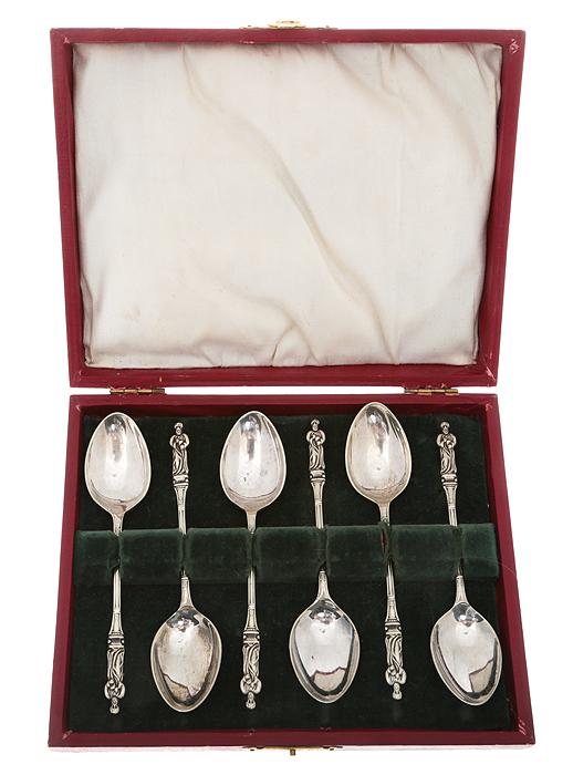 Набор из 6 чайных ложек. Металл, глубокое серебрение E.P.N.S. Великобритания, 1920-е гг.ОС27728Старинный набор из 6 чайных ложек. Металл, глубокое серебрение. Маркировка: на всех изделиях тисненые клейма E.P.N.S. Датировка: Великобритания, 1920-е гг. Размер: Чайная ложка 11,5 Х 2,5 см. Размер оригинального футляра 17 Х 13 Х 2,5 см. Сохранность превосходная, без повреждений, без утрат.