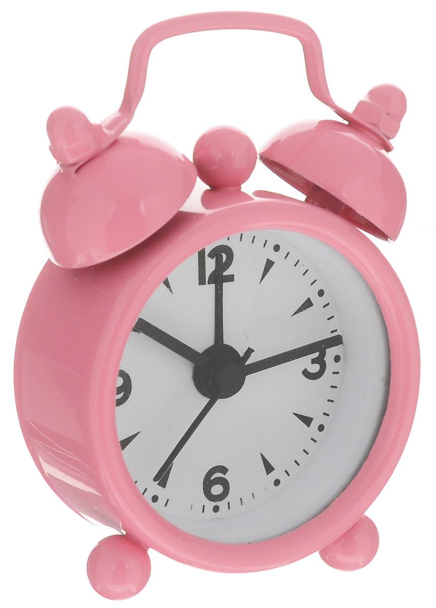 Часы-будильник Sima-land, цвет: розовый1103898_розовыйКак же сложно иногда вставать вовремя! Всегда так хочется поспать еще хотя бы 5 минут и бывает, что мы просыпаем. Теперь этого не случится! Яркий, оригинальный будильник Sima-land поможет вам всегда вставать в нужное время и успевать везде и всюду. Будильник украсит вашу комнату и приведет в восхищение друзей. Эта уменьшенная версия привычного будильника умещается на ладони и работает так же громко, как и привычные аналоги. Время показывает точно и будит в установленный час. На задней панели будильника расположены переключатель включения/выключения механизма, а также два колесика для настройки текущего времени и времени звонка будильника. Будильник работает от 1 батарейки типа LR44 (входит в комплект).