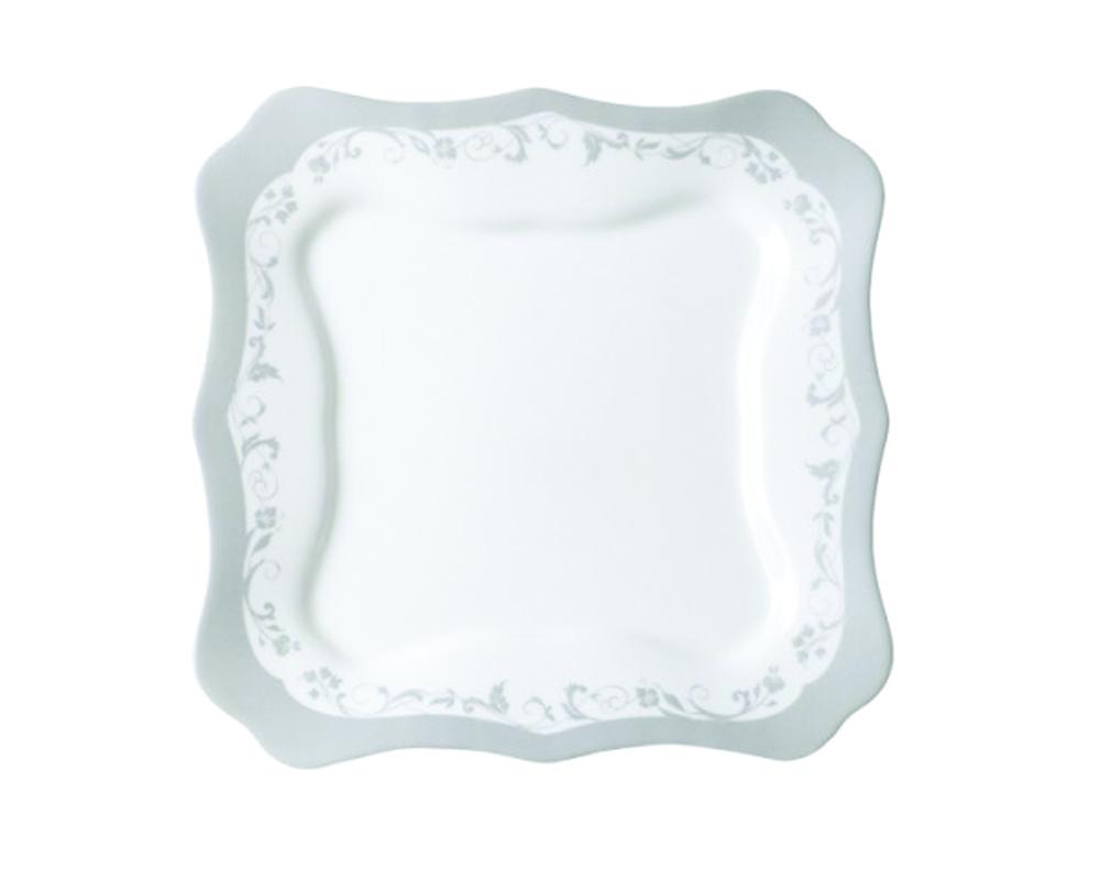 Тарелка десертная Luminarc Authentic, цвет: белый, серебристый, 20,5 х 20,5 смH8382Квадратная десертная тарелка из серии Luminarc Authentic. Тарелка выполнена из ударопрочного, закаленного стекла, устойчива к резким перепадам температуры. Тарелка может использоваться для подачи различных десертов, печенья, кусочков торта, конфет, фруктов. Ваши любимые блюда будут смотреться на ней весьма изысканно и аппетитно. Благодаря высокому качеству нанесения рисунка, подходит для мытья в посудомоечной машине.