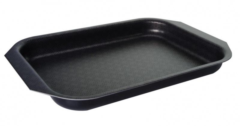 Противень Vari Vita, цвет: черный, низкий, 25 х 18 смВ22250Благодаря удачному сочетанию функциональных свойств и усиленного покрытия посуда серии Vita позволяет готовить низкокалорийную пищу за счет использования минимального количества жиров. Посуда выполнена из штампованного алюминия толщиной до 2,8 мм. Корпус быстро и равномерно разогревается, распределяет и удерживает тепло. Классическое сочетание цветов внешнего и внутреннего покрытия создадут атмосферу уюта и удачно дополнят интерьер любой кухни. Антипригарное покрытие Scandia - одно из самых популярных и качественных покрытий в среднем ценовом сегменте. Прекрасно зарекомендовало себя на протяжении долгих лет. Уникальные рисунок в виде сот выполняет не только декоративную функция, но и обеспечивает дополнительный усиленный антипригарный слой. Внешнее жаростойкое покрытие черного цвета с ярким перламутровым блеском. Размер формы (без учета ручек и выступов): 25 х 18 см. Размер формы (с учетом ручек и выступов): 30 х 20,5 см.