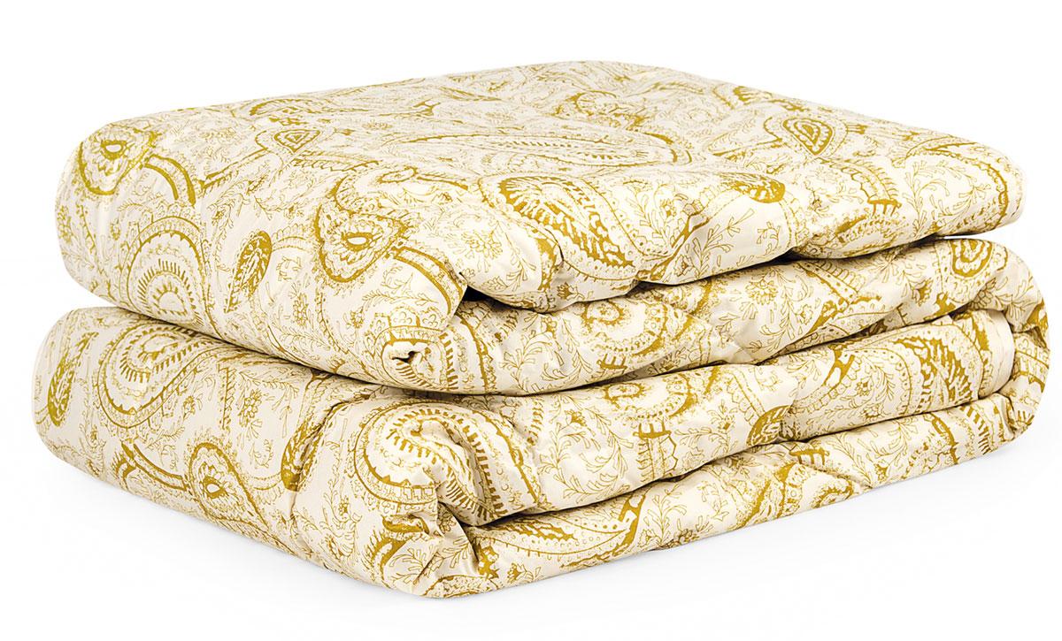 Одеяло ПУХ В ТИКЕ, 200х21020.04.12.0077Одеяло Пух в Тике из коллекции Classic. Состав: чехол - 100% хлопок тик, наполнитель – 100% полиэфирное микроволокно. Детали: одеяло стеганое, классический крой, скругленные углы, кант, орнамент пейсли. Цвет: бежевый. Комплектация: 1 предмет. Размеры: 200х210. Уход: Рекомендуется чистить в соответствии с символами, указанными на лейбле. Допускается деликатная машинная стирка при температуре не выше 30°С. После стирки слегка отожмите, сушите в сухом и теплом помещении на горизонтальной поверхности, периодически взбивая. Периодически проветривайте изделие на свежем воздухе в сухую солнечную погоду. Для длительного хранения и транспортировки используйте упаковку, в которой изделие находилось при покупке.