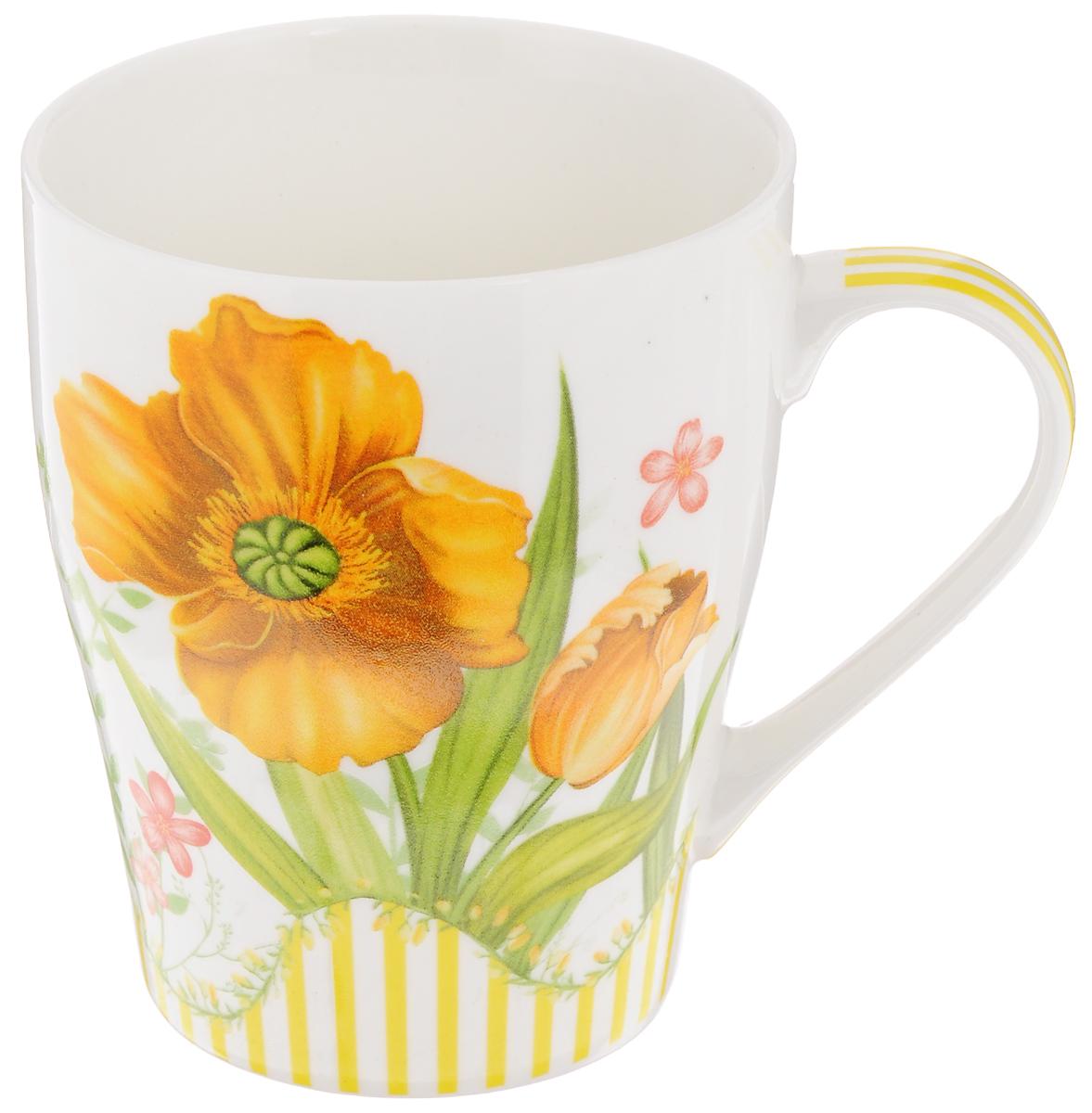 Кружка Loraine Цветок, цвет: белый,оранжевый, 340 мл24466_белый,оранжевыйКружка Loraine Цветок изготовлена из высококачественного фарфора. Изделие оформлено изображением цветов. Такая кружка станет приятным сувениром и обязательно порадует вас и ваших близких. Объем: 340 мл. Диаметр кружки (по верхнему краю): 8 см. Высота кружки: 10 см.
