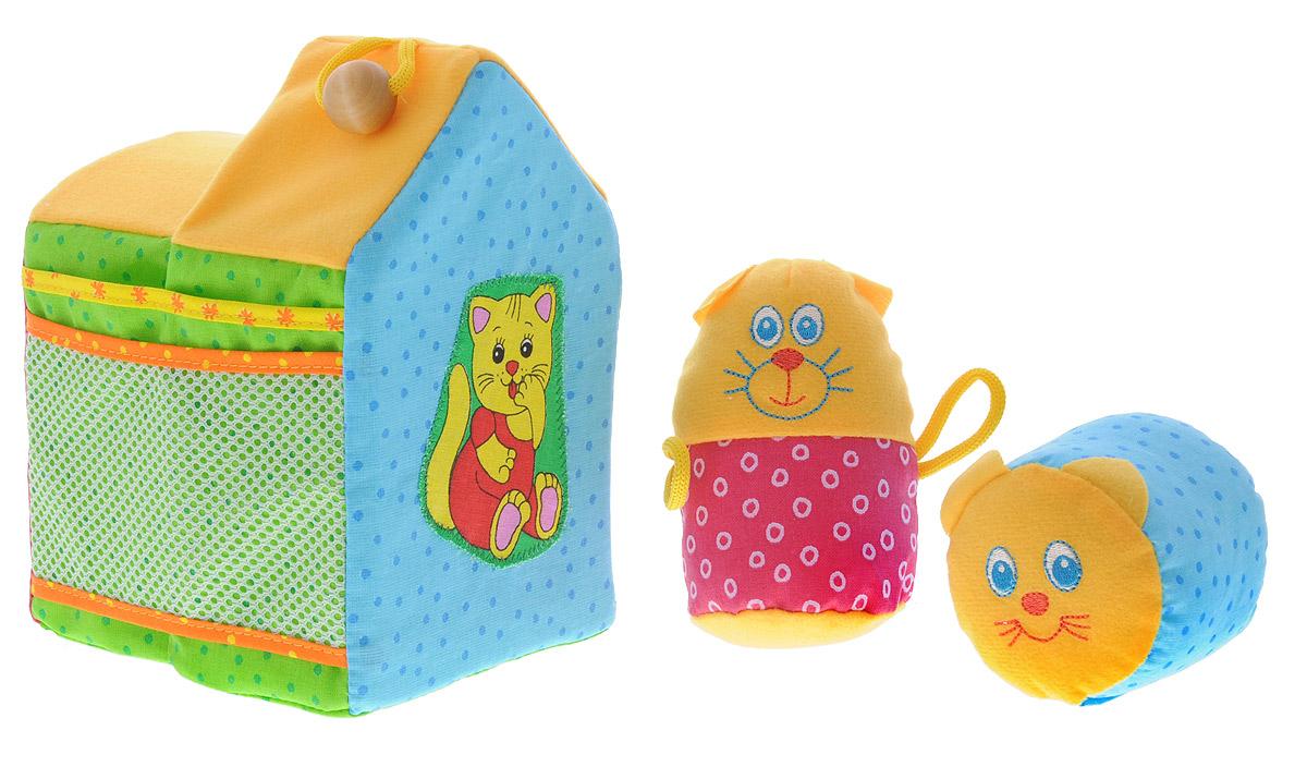 Мякиши Мягкая развивающая игрушка Кошкин дом цвет желтый зеленый голубой048_желтый, зеленый, голубойМягкая развивающая игрушка Мякиши Кошкин дом станет понятной и полезной игрушкой для деток от 1 года. Игрушка выполнена в виде домика, в котором живет маленькая подушечка-кошка. На крыше домика расположен деревянный шарик на веревочке. Овальная фигурка с вышитой мордочкой кошки содержит внутри пищалку, которая сделает процесс игры еще более увлекательным. Мягкая развивающая игрушка Мякиши Кошкин дом поможет обогатить опыт тактильных ощущений, обеспечит развитие мелкой моторики, цветовосприятия, слухового восприятия, установления элементарных причинно-следственных связей. Формированию связной речи и развитию воображения поспособствует возможность ребенка разыгрывать небольшие сценки, придумывать свои истории про обитателей домика. Игрушка изготовлена из качественных и безопасных материалов.