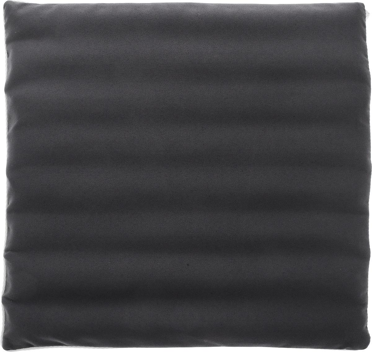 Подушка на сиденье Smart Textile Гемо-комфорт офис, с чехлом, наполнитель: лузга гречихи, 40 х 40 смT758Подушка на сиденье Smart Textile Гемо-комфорт офис создана для тех, кто весь свой рабочий день вынужден проводить в офисном кресле. Наполнителем служат лепестки лузги гречихи, которые обеспечивают микромассаж кожи и поверхностных мышц, а также обеспечивают удобную посадку и снимают напряжение. Особенности подушки: - Хорошо проветривается. - Предупреждает потение. - Поддерживает комфортную температуру. - Обминается по форме тела. - Улучшает кровообращение. - Исключает затечные явления. - Предупреждает развитие заболеваний, связанных с сидячим образом жизни. Конструкция подушки, составленная из ряда валиков, обеспечивает еще больший массажный эффект, а плотная износостойкая ткань хорошо удерживает наполнитель, сохраняет форму подушки и продлевает срок службы изделия. Подушка также будет полезна и дома - при работе за компьютером, школьникам - при выполнении домашних работ, да и в любимом кресле перед телевизором. ...