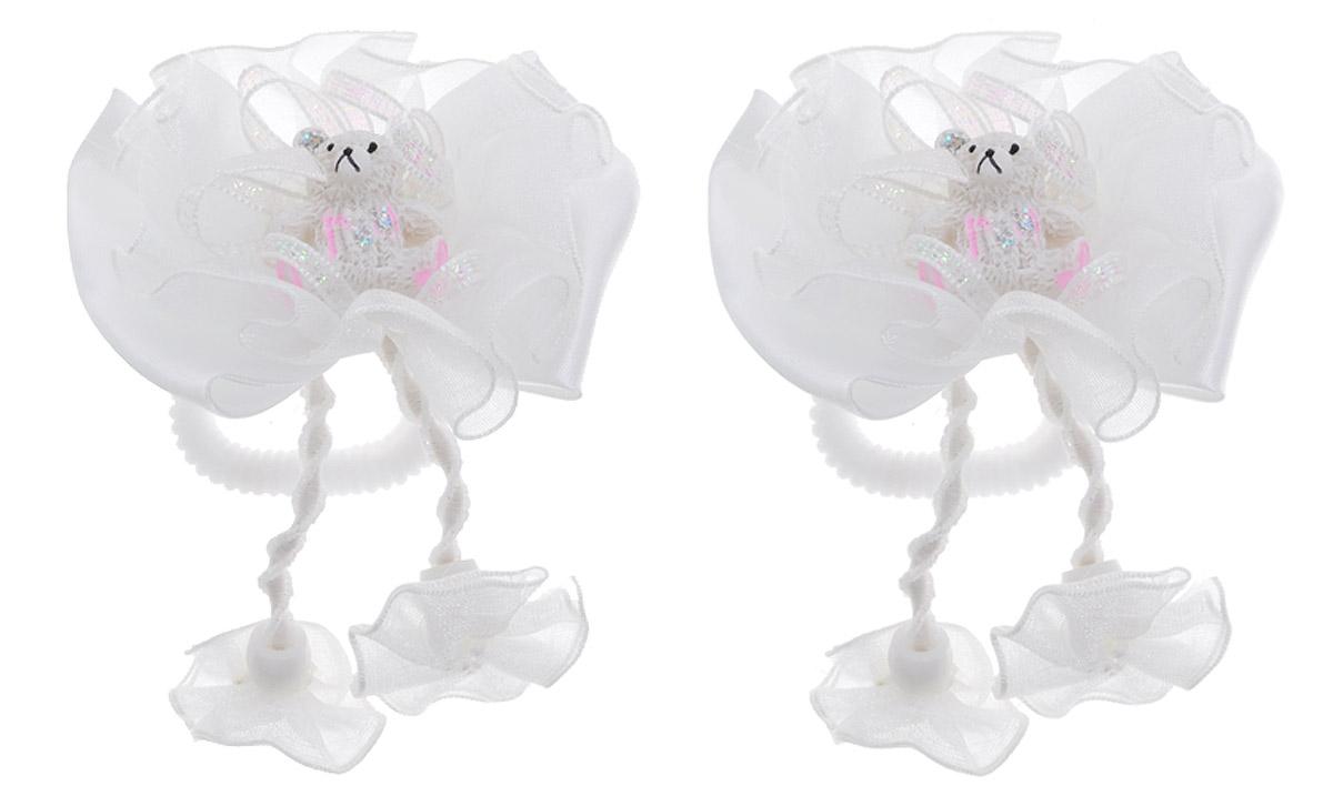 Babys Joy Резинка для волос Бантик Мишка цвет белый 2 штAL 961_белый, мишкаРезинка для волос Babys Joy Бантик. Мишка выполнена в виде текстильного банта, украшенного декоративным элементом - мишкой. Резинка позволит убрать непослушные волосы с лица и придаст образу немного романтичности и очарования. Резинка для волос Babys Joy подчеркнет уникальность вашей маленькой модницы и станет прекрасным дополнением к ее неповторимому стилю.
