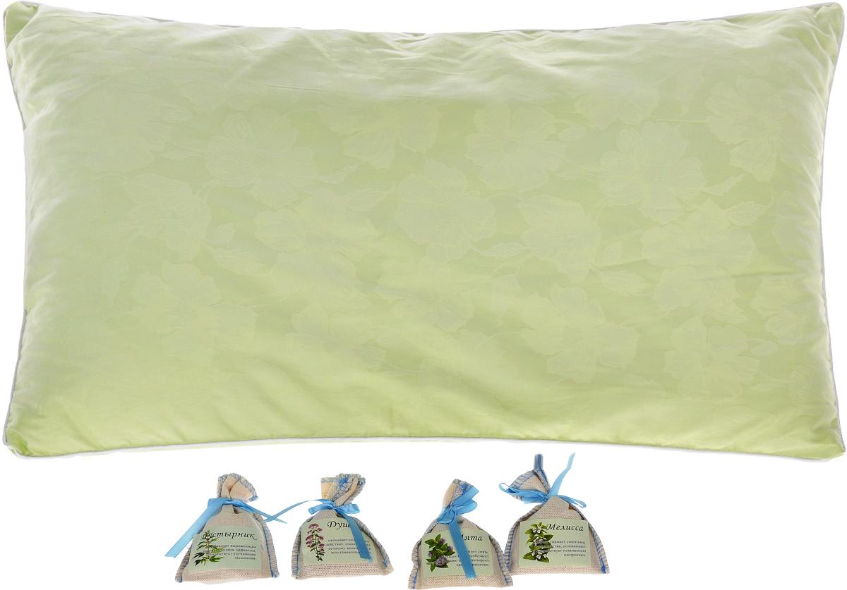 Подушка Smart Textile Ароматный сон, с мешочками трав, наполнитель: лузга гречихи, 40 х 60 смЕ480Если вы заботитесь о своем здоровье и здоровье своих близких, такая подушка Smart Textile Ароматный сон подойдет идеально. В этой подушке все гармонично подобрано, от наполнителя до набора магазина ароматов. Чехол выполнен из высококачественного хлопка, внутри - наполнитель из лепестков лузги гречихи. Это природный гипоаллергенный наполнитель, который очень часто используют для набивки подушек. Он полый, легкий, благодаря чему позволяет воздуху циркулировать внутри подушки, сохраняя комфортную температуру и не накапливает пыль, не вызывает аллергии. Сыпучесть придает подушке необходимое естественное положение головы и шеи, что делает ваш сон максимально комфортным и полезным. А благодаря своей трехгранной структуре лузга гречихи обеспечивает микромассаж головы и шеи во время сна. Вы проснетесь бодрым и свежим, открытым для нового дня. Магазин ароматов для подушки содержит в себе сборы трав мяты, мелиссы, пустырника и душицы. Эти травы...
