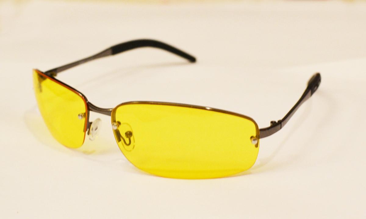 Очки водителя Sun Drive с желтыми поляризационными линзами. 1704717047Очки водителя с желтыми линзами специально разработаны для управлением автомобилем в условиях плохой видимости. Вы будете лучше (контрастнее) видеть в темное время суток, в туман, снег и дождь. Это значительно улучшит безопасность вождения. А поляризация снизит слепящий эффект встречных фар. Разнообразные модели оправ подчеркнут Вашу индивидуальность.