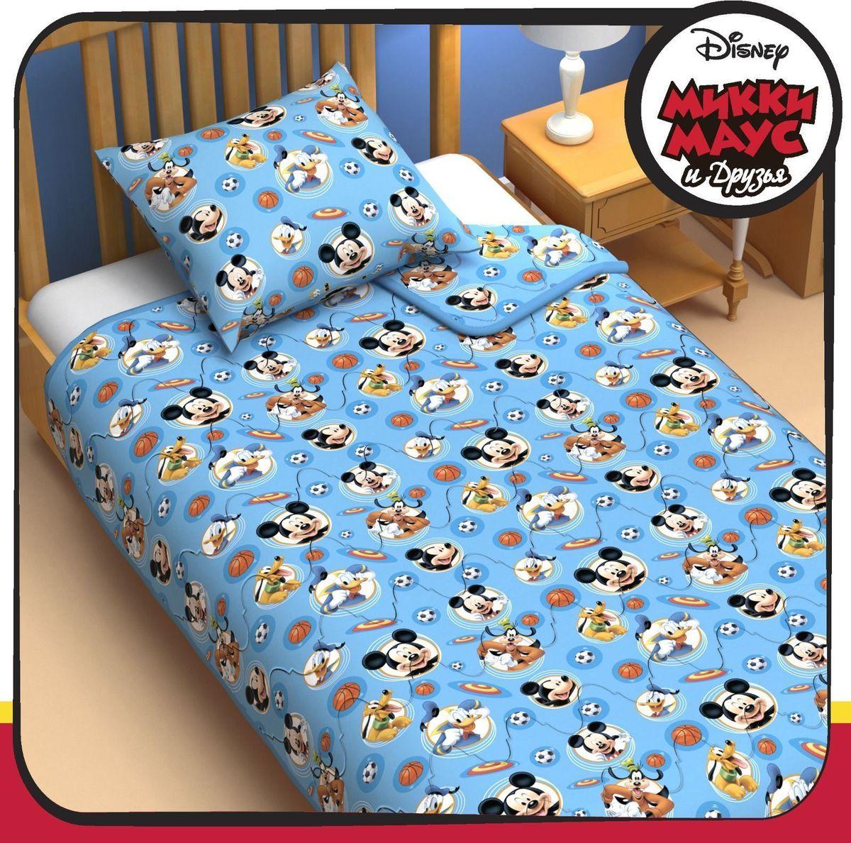 Disney Одеяло 1,5 спальное Микки Маус и его друзья 140 х 205 см 11531651153165Сказочные сны с любимыми героями Disney. Маленький любитель мультфильмов Disney будет в восторге от этого яркого одеяла ! Оно подарит крохе захватывающие сны и по-настоящему доброе утро. Почему? Потому что одеяло изготовлено в России на современном оборудовании, а при нанесении рисунка использовались только качественные европейские красители. Над дизайном работала команда настоящих мастеров своего дела: очаровательные персонажи мультфильмов, детально проработанная картинка, гармоничное сочетание цветов — всё это результат их кропотливой работы. В качестве наполнителя для изделия используется файбер — практичный, безопасный и мягкий материал. Именно поэтому одеяло: поддерживает комфортную температуру тела во время сна; не способствует появлению аллергии и раздражения; позволяет коже дышать и впитывает влагу; хорошо переносит многочисленные стирки, сохраняя первоначальную форму и внешний вид; Чехол выполнен из поплина — прочной, невероятно...