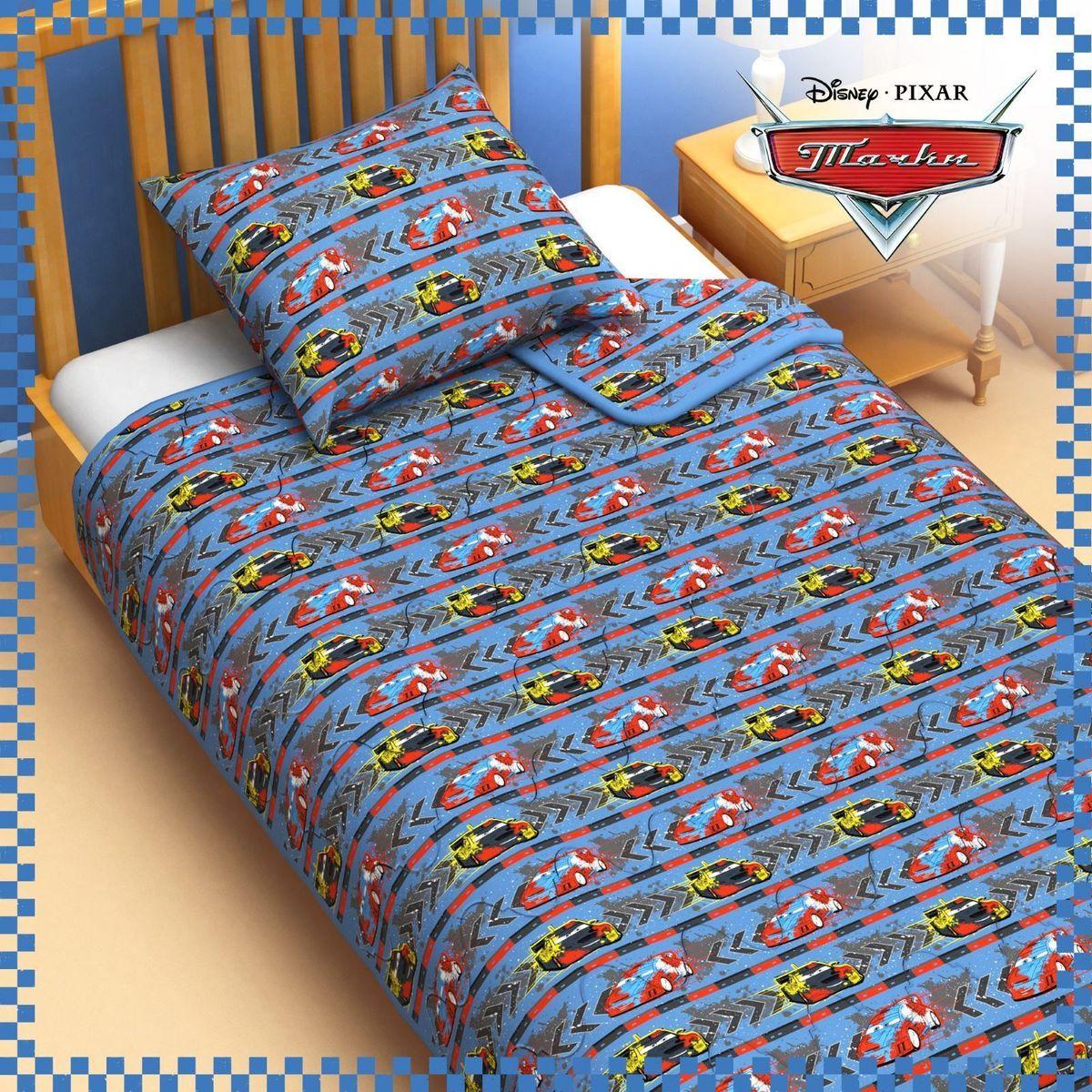 Disney Одеяло 1,5 спальное Тачки 140 х 205 см 11531721153172Сказочные сны с любимыми героями Disney. Маленький любитель мультфильмов Disney будет в восторге от этого яркого одеяла ! Оно подарит крохе захватывающие сны и по-настоящему доброе утро. Почему? Потому что одеяло изготовлено в России на современном оборудовании, а при нанесении рисунка использовались только качественные европейские красители. Над дизайном работала команда настоящих мастеров своего дела: очаровательные персонажи мультфильмов, детально проработанная картинка, гармоничное сочетание цветов — всё это результат их кропотливой работы. В качестве наполнителя для изделия используется файбер — практичный, безопасный и мягкий материал. Именно поэтому одеяло: поддерживает комфортную температуру тела во время сна; не способствует появлению аллергии и раздражения; позволяет коже дышать и впитывает влагу; хорошо переносит многочисленные стирки, сохраняя первоначальную форму и внешний вид; Чехол выполнен из поплина — прочной, невероятно...