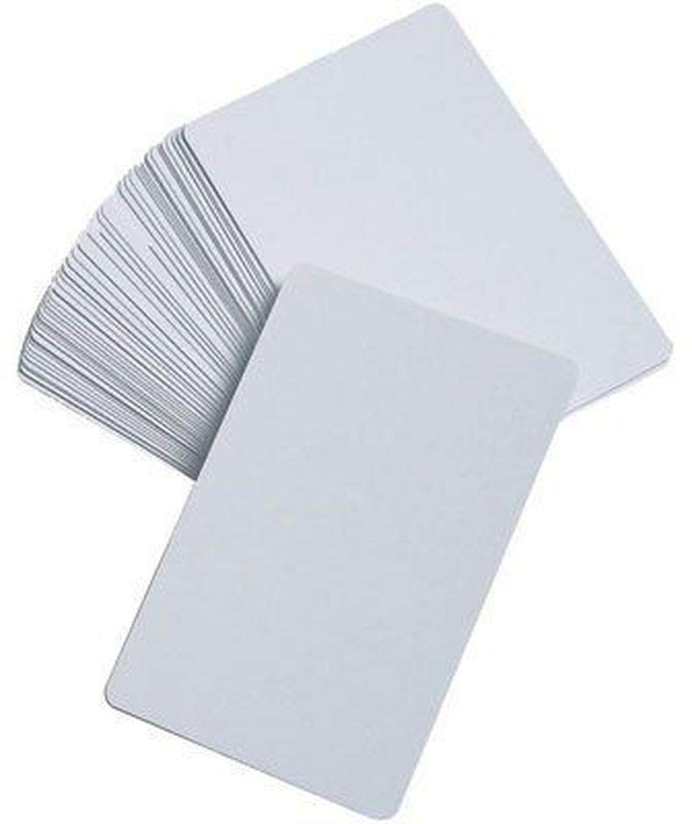 Pandoras Box Набор карт пустых 25 шт цвет белый05PB001Набор пустых карт - это уникальный дидактический материал для учителей, учеников, студентов, создателей настольных игр и тех, кто сам увлекается в настольные ролевые игры. В наборе 50 штук.