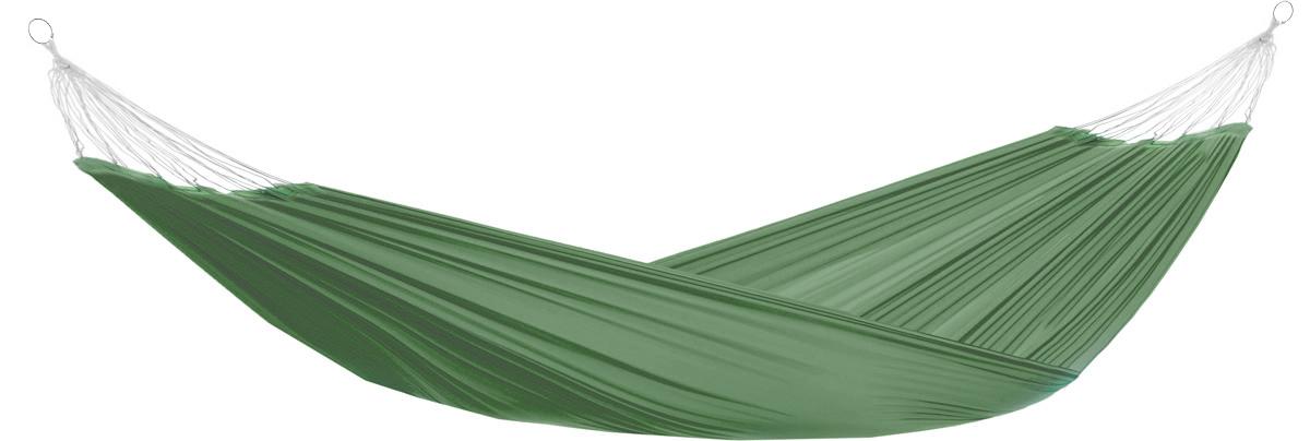 Гамак Eva, на кольцах, цвет: темно-зеленый, 145 х 200 смК341_темно-зеленыйПрочный гамак на кольцах Eva, изготовленный из высококачественного полиэстера, внесет дополнительный комфорт в ваш отдых на даче, в походе или на пикнике. Дача, лето, свежий воздух, отдых после тяжелой работы, возможность побыть наедине с природой, насладиться запахами листвы и цветов, солнечным светом, пробивающимся сквозь кроны деревьев - все эти приятные мысли и эмоции пробуждаются в нас при взгляде на один очень простой предмет - гамак.