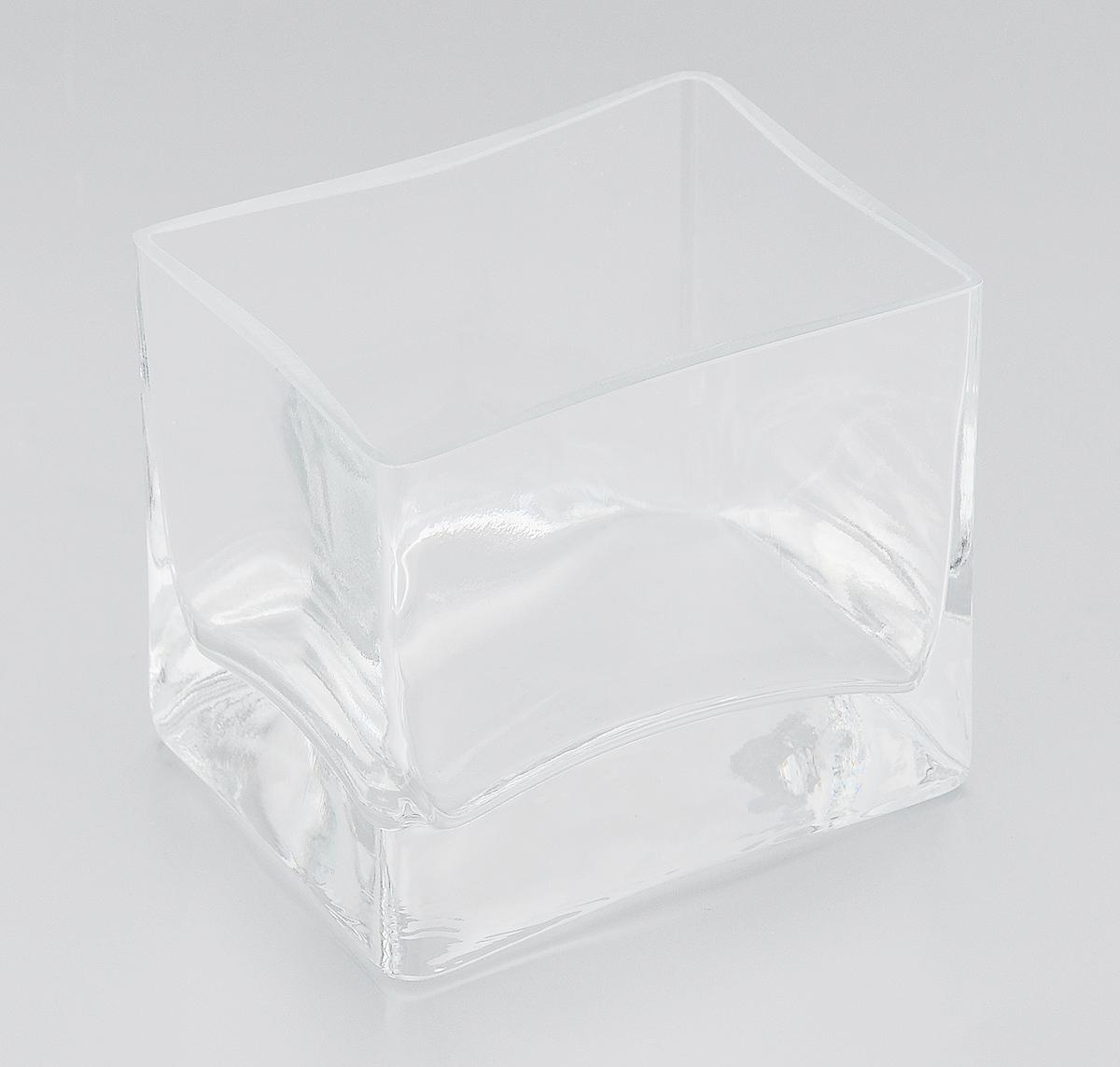 Ваза Pasabahce Botanica, высота 8,5 см43072BЭлегантная ваза Pasabahce Botanica выполнена из высококачественного натрий-кальций- силикатного стекла. Изделие придется по вкусу и ценителям классики, и тем, кто предпочитает утонченность и изящность. Вы можете поставить вазу в любом месте, где она будет удачно смотреться и радовать глаз. Такая ваза подойдет для декора интерьера. Кроме того - это отличный вариант подарка для ваших близких и друзей. Можно мыть в посудомоечной машине. Высота вазы: 8,5 см. Размер вазы (по верхнему краю): 9,5 х 7,5 см.