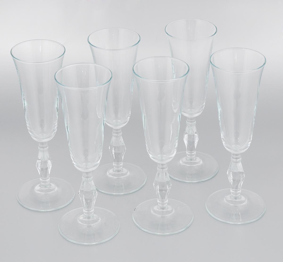 Набор бокалов Pasabahce Retro, 190 мл, 6 шт440075BНабор Pasabahce Retro состоит из шести бокалов, выполненных из прочного натрий-кальций- силикатного стекла. Бокалы предназначены для подачи вина или других напитков. Они сочетают в себе элегантный дизайн и функциональность. Набор бокалов Pasabahce Retro прекрасно оформит праздничный стол и создаст приятную атмосферу за романтическим ужином. Такой набор также станет хорошим подарком к любому случаю. Можно мыть в посудомоечной машине. Диаметр бокала (по верхнему краю): 6,5 см. Высота бокала: 21,5 см.