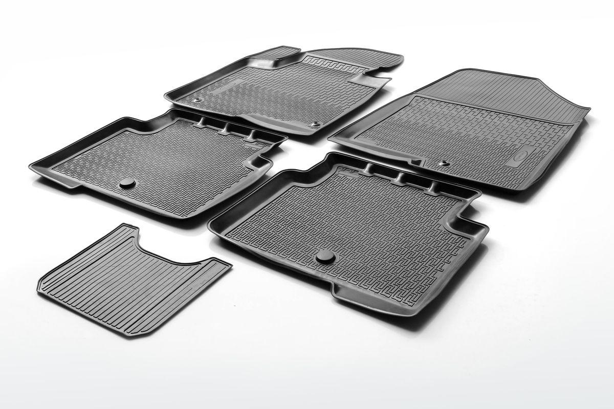 Набор автомобильных ковриков Rival, для Nissan Tiida 2015-, в салон, с перемычкой, 4 шт0014110001Прочные и долговечные коврики Rival, изготовленные из высококачественного и экологичного сырья, полностью повторяют геометрию салона вашего автомобиля. - Надежная система крепления, позволяющая закрепить коврик на штатные элементы фиксации, в результате чего отсутствует эффект скольжения по салону автомобиля. - Высокая стойкость поверхности к стиранию. - Специализированный рисунок и высокий борт, препятствующие распространению грязи и жидкости по поверхности ковра. - Перемычка задних ковров в комплекте предотвращает загрязнение тоннеля карданного вала. - Коврики произведены из первичных материалов, в результате чего отсутствует неприятный запах в салоне автомобиля. - Высокая эластичность материала позволяет беспрепятственно эксплуатировать коврики при температуре от -45°C до +45°C.
