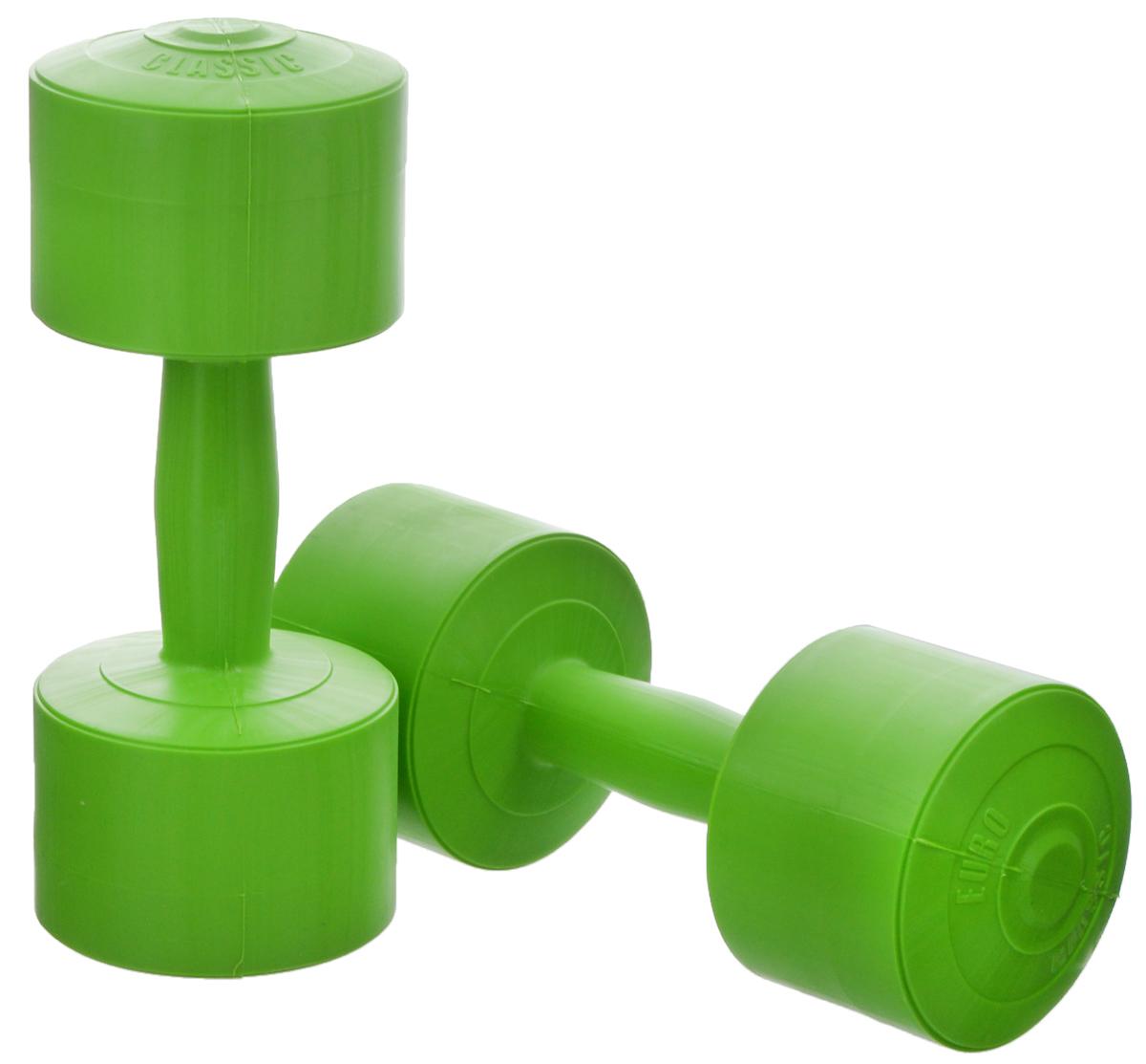 Гантели виниловые Euro-Classic, цвет: зеленый, 3 кг, 2 штГв3_зеленыйГантели Euro-Classic идеально подходят как для тренировок дома, так и в офисе. Гантели помогают укрепить мышцы рук, грудной клетки, верхней части спины и плеч. Внешнее покрытие изделий выполнено из прочного ПВХ, наполнитель - композитная смесь цемента и песка.