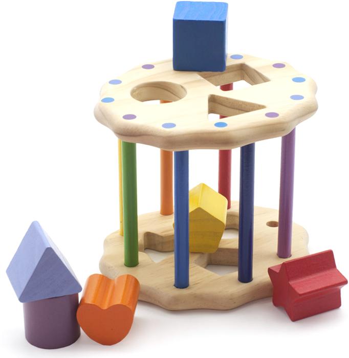 Игрушка-сортер Занимательный цилиндрД028Игрушка-сортер выполнена в виде деревянного цилиндра, на основаниях которого расположено по три отверстия для формочек, а по окружности стоят столбики, один из которых можно поднять, чтобы достать фигурки. В комплект к игрушке-сортеру идут шесть объемных геометрических фигурок, которые в определенном положении вставляются в отверстия на основаниях цилиндра. Игрушка-сортер развивает у малыша моторику, логику, воображение, концентрацию внимания и цветовое восприятие. Формирует геометрическое видение предметов.