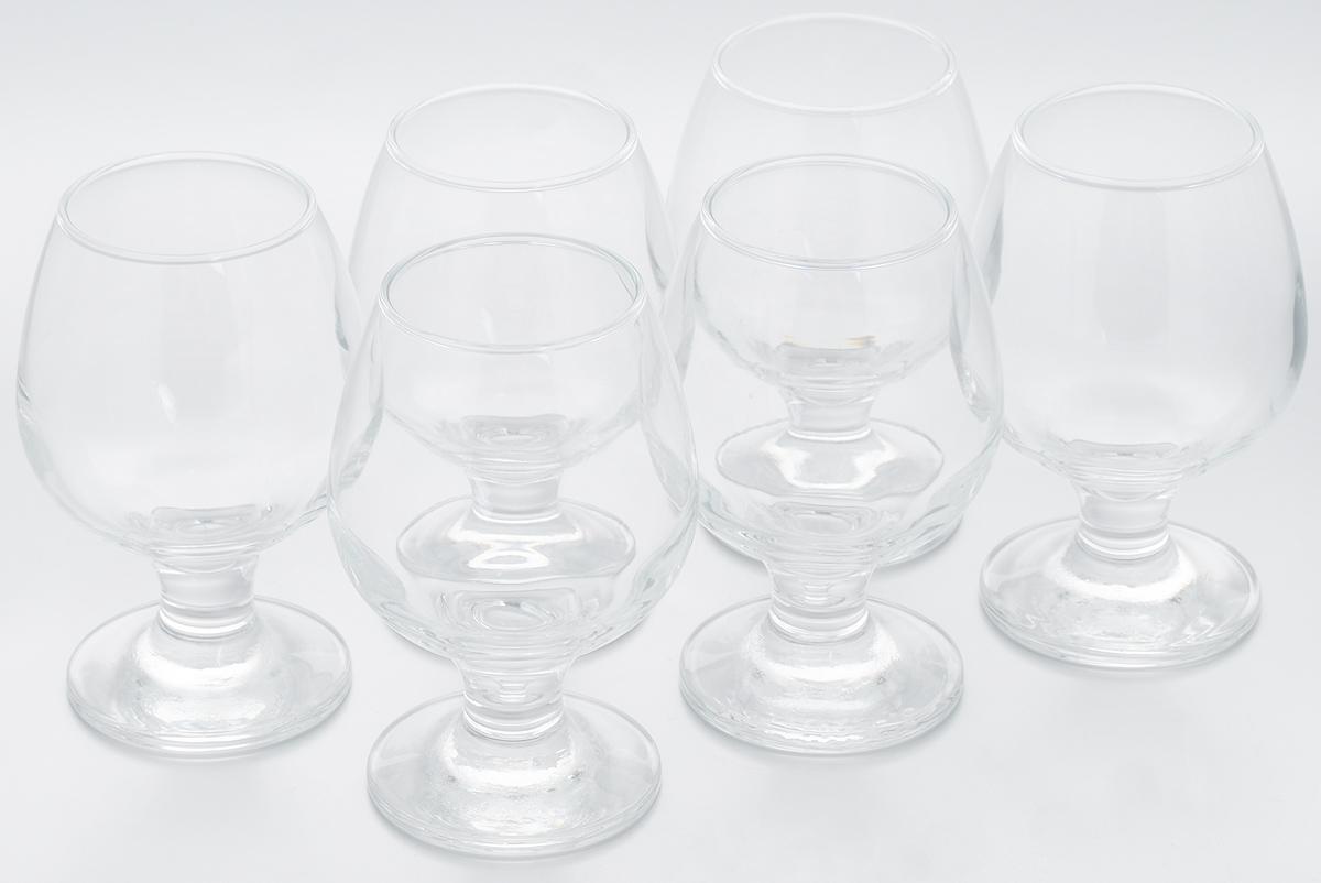 Набор бокалов Pasabahce Bistro, 250 мл, 6 шт44483BНабор Pasabahce Bistro состоит из шести бокалов, выполненных из прочного натрий-кальций-силикатного стекла. Изделия оснащены невысокими изящными ножками, отлично подходят для подачи коньяка, бренди и других напитков. Бокалы сочетают в себе элегантный дизайн и функциональность. Набор бокалов Pasabahce Bistro прекрасно оформит праздничный стол и создаст приятную атмосферу за ужином. Такой набор также станет хорошим подарком к любому случаю. Можно мыть в посудомоечной машине. Диаметр бокала по верхнему краю: 5 см. Высота бокала: 12 см.