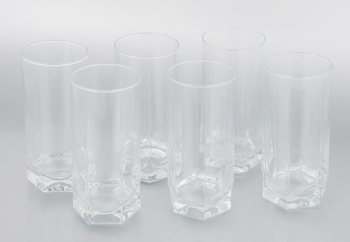 Набор стаканов Pasabahce Tango, 440 мл, 6 шт42949/Набор Pasabahce Tango состоит из шести стаканов, выполненных из прочного натрий-кальций-силикатного стекла, которое выдерживает максимальную температуру до + 70° С. Стаканы, оснащенные рельефной многогранной поверхностью и утолщенным дном. Можно мыть в посудомоечной машине и использовать в микроволновой печи. Высота стакана: 15,5 см. Диаметр стакана (по верхнему краю): 6,5 см.