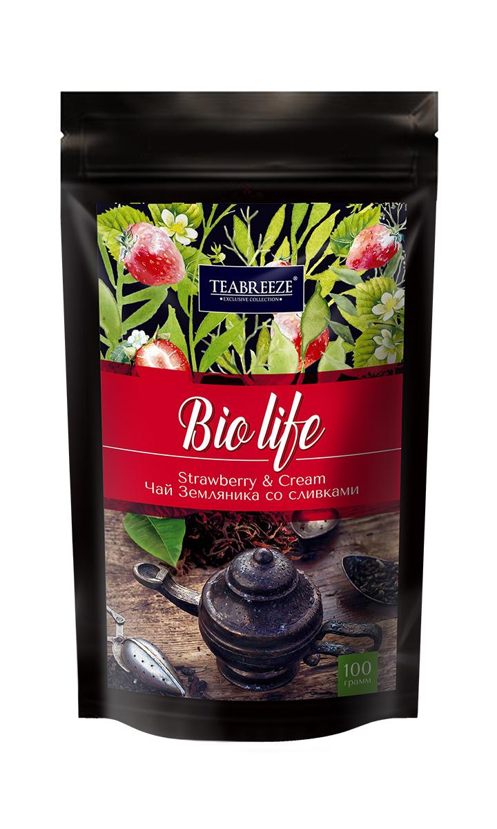 Teabreeze листовой ароматизированный чай земляника со сливками, 100 гTB 1202-100Чай Teabreeze Земляника со сливками - это отличный чайный микс, обладающий незабываемым вкусом лета. Смесь черного байхового чая с листьями и плодами земляники рождает непередаваемые ощущения свежести лесной ягоды в сочетании с мягким и сладким вкусом сливок. Эта великолепная вкусовая консистенция оставляет на языке стойкое и очень приятное послевкусие, напоминающее подогретый солнцем летний лес. Напиток, который получается из ароматной смеси Земляника со сливками приятно бодрит и освежает.