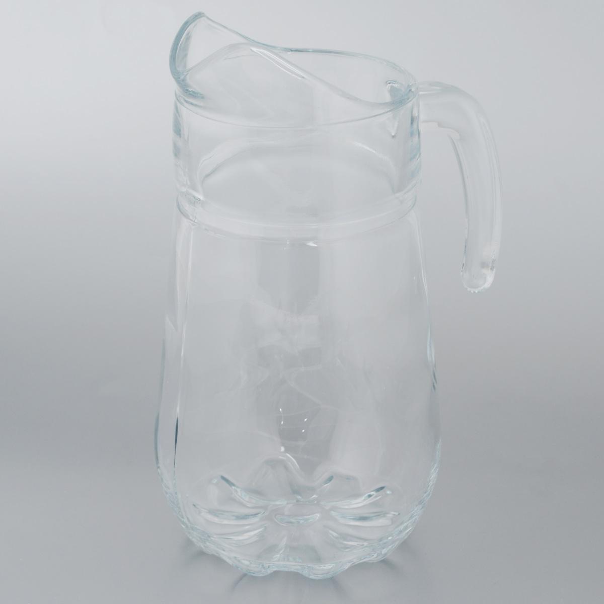 Кувшин Pasabahce Sylvana, 1,37 л43334BКувшин Sylvana, выполненный из прочного натрий-кальций-силикатного стекла, элегантно украсит ваш стол. Кувшин прекрасно подойдет для подачи воды, сока, компота и других напитков. Изделие оснащено ручкой и специальным носиком для удобного выливания жидкости. Совершенные формы и изящный дизайн, несомненно, придутся по душе любителям классического стиля. Кувшин Sylvana дополнит интерьер вашей кухни и станет замечательным подарком к любому празднику. Можно мыть в посудомоечной машине. Диаметр кувшина по верхнему краю (без учета носика): 9 см. Высота кувшина: 24,5 см.