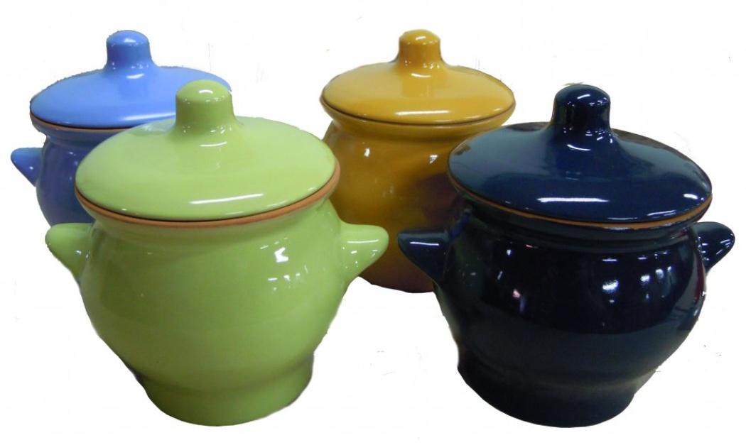Горшок для жаркого Борисовская керамика Радуга, цвет: голубой, 650 млРАД00000347Горшок для запекания очень удобной формы. Идеально подходит для одной порции. Уникальные свойства красной глины и толстые стенки изделия обеспечивают «эффект русской печи» при приготовлении блюд. Это значит, что еда будет очень вкусной, сочной и здоровой.