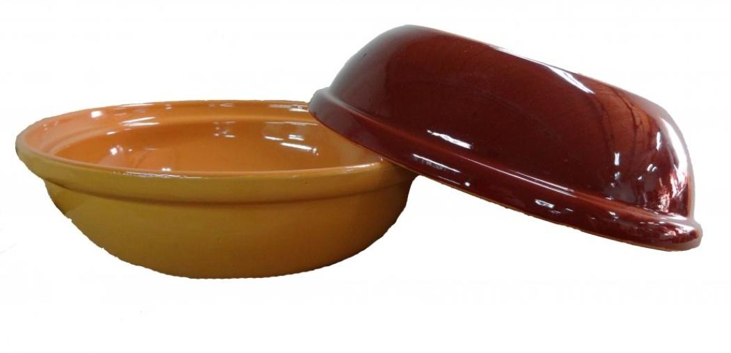 Салатник Борисовская керамика Модерн, цвет: коричневый, 2500 мл. РАД00001012РАД00001012Этот большой (2,5 литра) удобный салатник придется по вкусу любителям здоровой и полезной пищи. Благодаря современной удобной форме изделия многофункциональны и могут использоваться хозяйками на домашней кухне как в виде салатников, так и для запекания продуктов, с последующим хранением в них приготовленной пищи