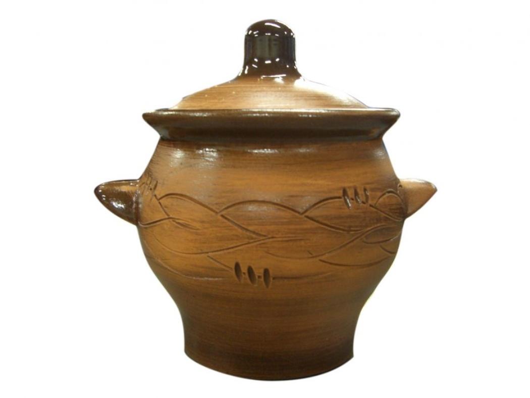 Горшок для жаркого Борисовская керамика Старина, с ручками, 0,65 лСТР00000345Горшок для жаркого Борисовская керамика Старина выполнен из высококачественной керамики и имеет оригинальный эффект старины. Керамика абсолютно безопасна, поэтому изделие придется по вкусу любителям здоровой и полезной пищи. Горшок для запекания с крышкой очень вместителен и имеет удобную форму. Идеально подходит для одной порции. Уникальные свойства красной глины и толстые стенки изделия обеспечивают эффект русской печи при приготовлении блюд. Это значит, что еда будет очень вкусной, сочной и здоровой. Посуда жаропрочная. Можно использовать в духовке и микроволновой печи. Диаметр горшочка: 12 см. Высота: 12 см.