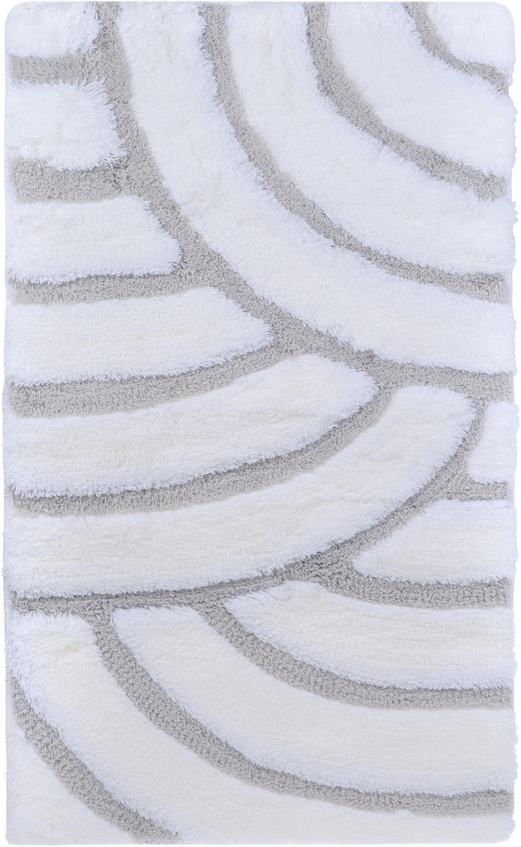 Коврик для ванной комнаты Banyolin Ракушка, цвет: бело-серый, 60 х 100 смPH3299Коврик для ванной Banyolin Ракушка изготовлен из 100% акрила с противоскользящей основой. Волокно превосходно впитывает влагу и создает комфортное, мягкое покрытие. Коврик, выполненный в однотонном цвете, создаст уют и комфорт в ванной комнате. Ворс мягко соприкасается с кожей стоп, вызывая только приятные ощущения. Рекомендации по уходу: - стирать в ручном режиме при температуре 30°С, - не использовать отбеливатели, - не гладить, - не подходит для сухой чистки (химчистки), - сушить можно в вертикальном и горизонтальном положении.