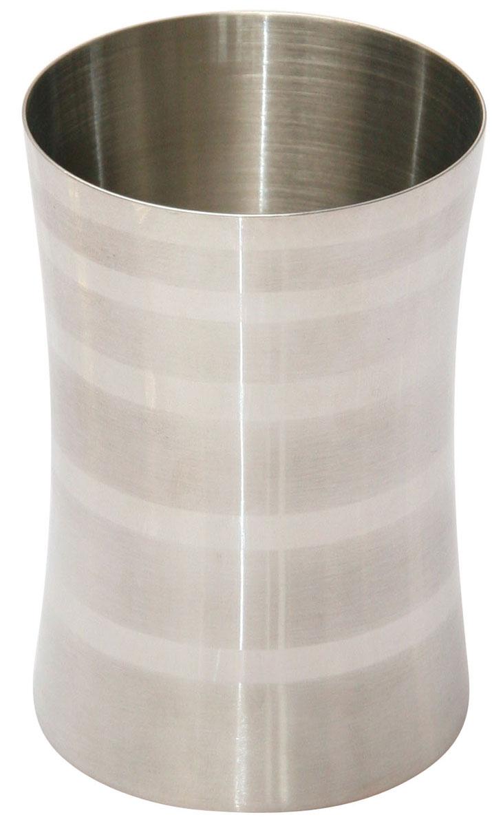 Стакан для ванной комнаты Axentia Santo, высота 10 см282365Стакан для ванной комнаты Axentia Santo изготовлен из нержавеющей стали, такой материал не боится влажности и механического воздействия. Обработан двумя типами полировки: глянцевая и матовая. Изделие превосходно дополнит интерьер ванной комнаты, отлично сочетается с другими аксессуарами из коллекции Santo. Высота стакана: 10 см. Диаметр стакана: 6,5 см.