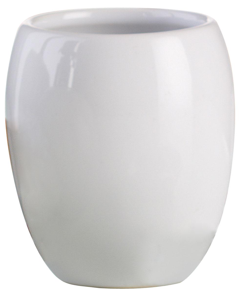 Стакан для ванной комнаты Axentia Leandr, высота 9 см282410Стакан для ванной комнаты Axentia Leandr изготовлен из натуральной и элегантной керамики белого цвета. Изделие превосходно дополнит интерьер ванной комнаты, отлично сочетается с другими аксессуарами из коллекции Leandr. Высота стакана: 9 см. Диаметр стакана (по верхнему краю): 7,5 см.