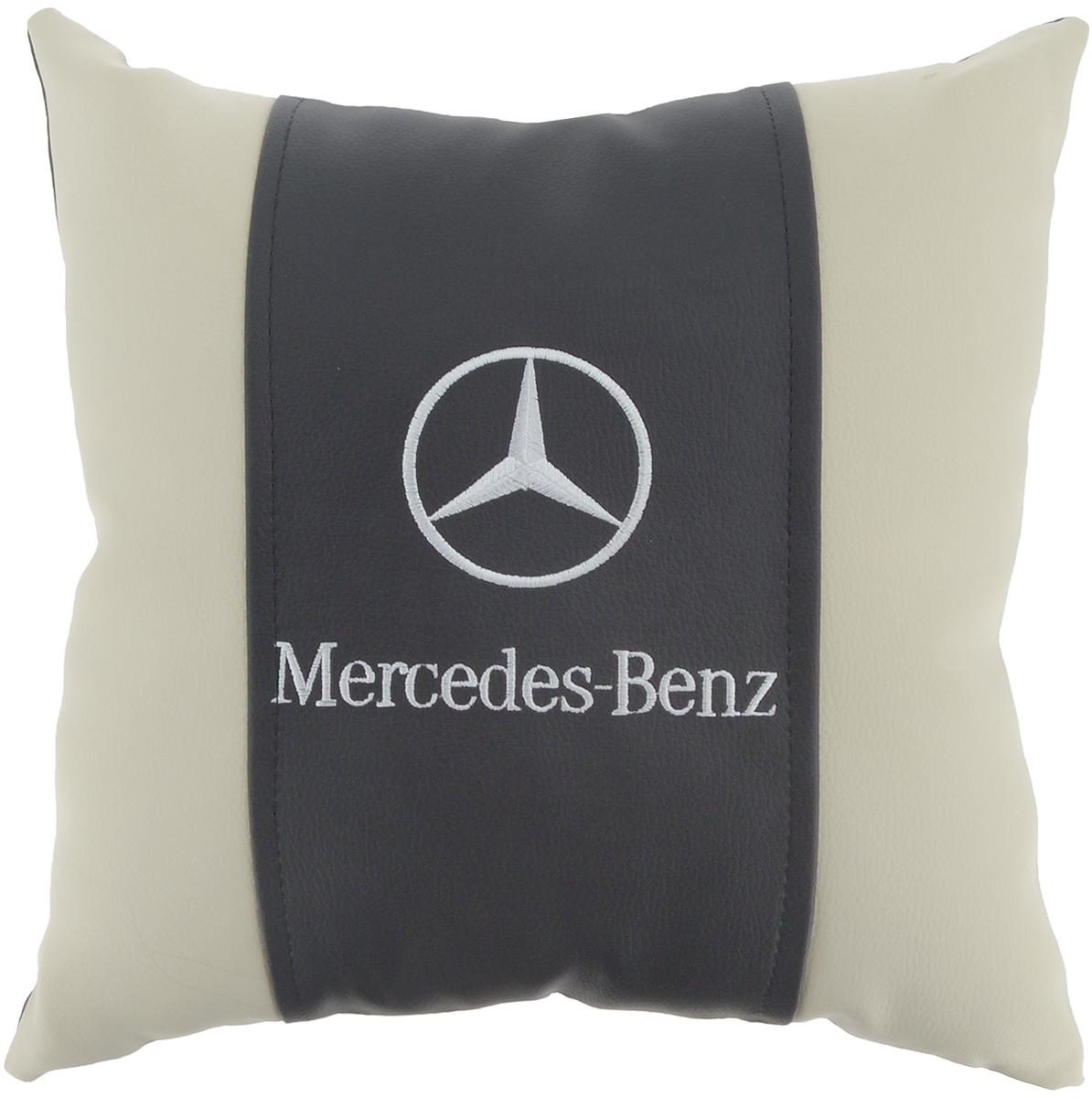 Подушка на сиденье Autoparts Mercedes, 30 х 30 смМ055Подушка на сиденье Autoparts Mercedes создана для тех, кто весь свой день вынужден проводить за рулем. Чехол выполнен из высококачественной дышащей экокожи. Наполнителем служит холлофайбер. На задней части подушки имеется змейка. Особенности подушки: - Хорошо проветривается. - Предупреждает потение. - Поддерживает комфортную температуру. - Обминается по форме тела. - Улучшает кровообращение. - Исключает затечные явления. - Предупреждает развитие заболеваний, связанных с сидячим образом жизни. Подушка также будет полезна и дома - при работе за компьютером, школьникам - при выполнении домашних работ, да и в любимом кресле перед телевизором.