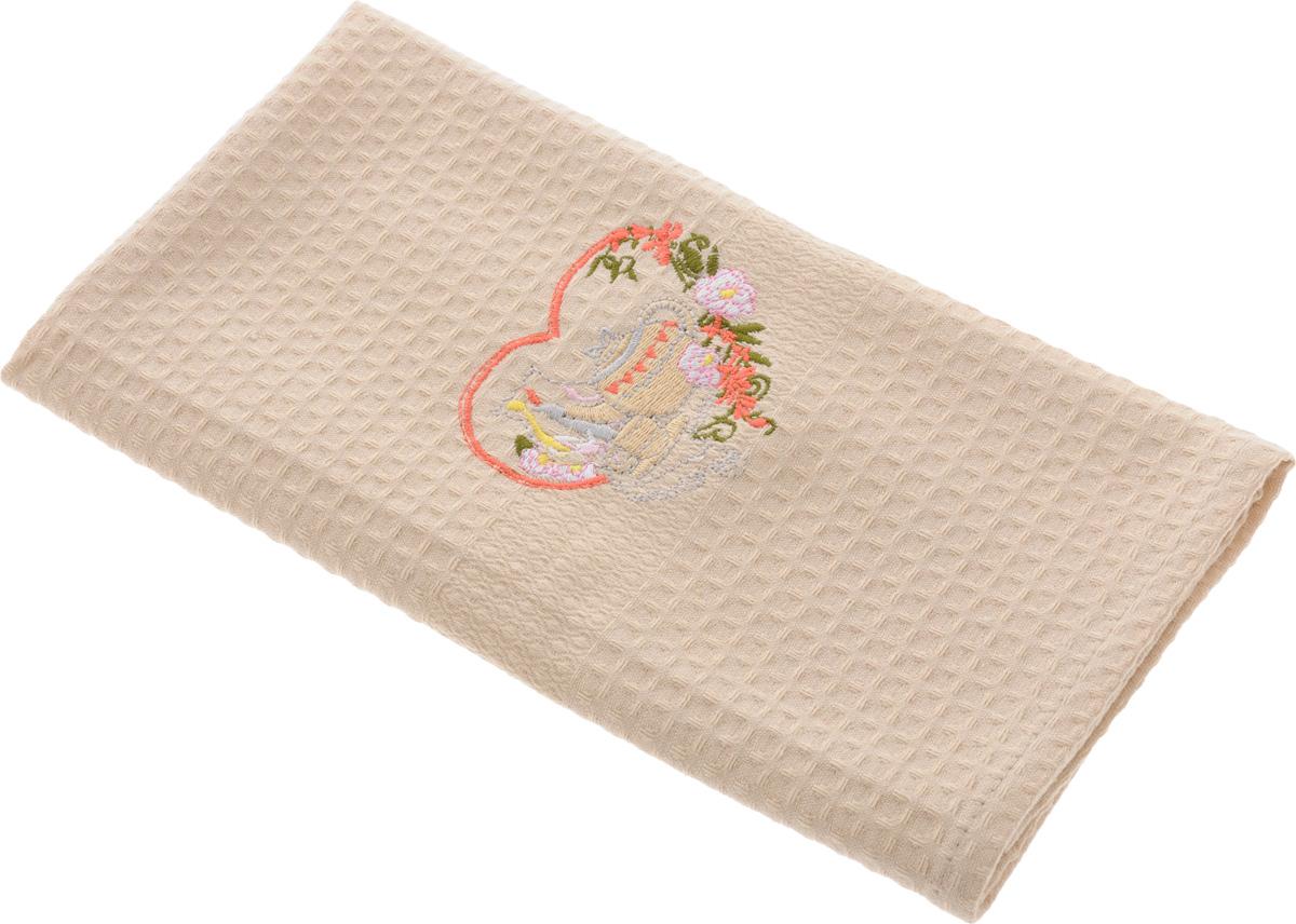 Полотенце кухонное Soavita, 40 х 60 см. 4880248802Кухонное полотенце Soavita, выполненное из 100% хлопка, оформлено вышитым рисунком в виде красивой композиции. Изделие предназначено для использования на кухне и в столовой. Такое полотенце станет отличным вариантом для практичной и современной хозяйки. Рекомендуется стирка при температуре 40°C.