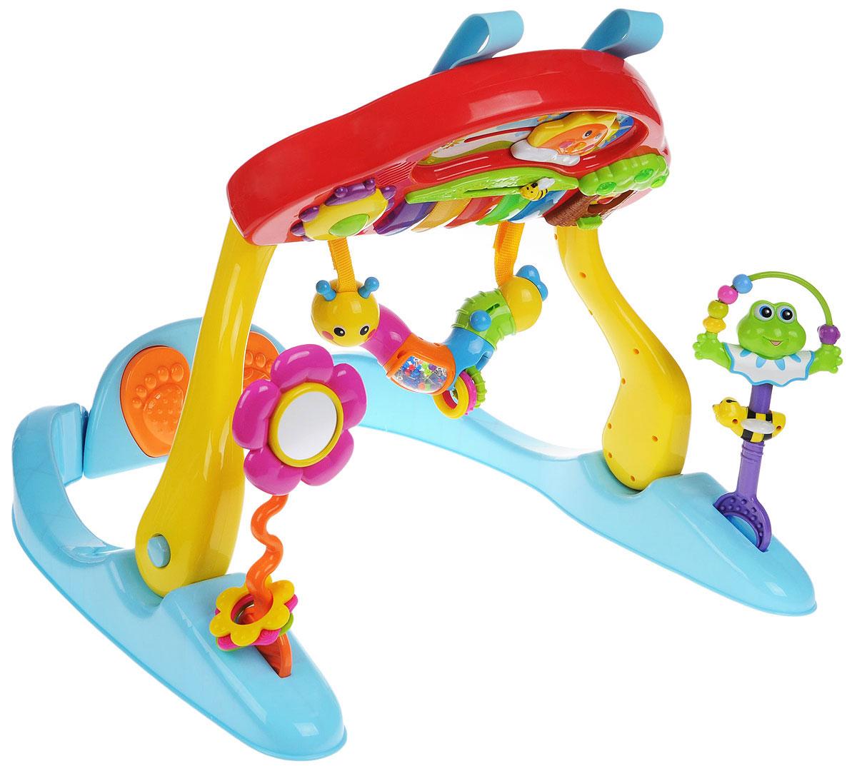 Huile Toys Развивающий музыкальный центр Fitness Piano786Развивающий музыкальный центр Huile Toys Fitness Piano стимулирует сенсорное восприятие малыша и физическую активность. Игрушка представляет собой игровую площадку на подставке. Устанавливается центр в двух положениях: когда ребенок играет лежа (для совсем маленьких) и когда играет сидя (для малышей постарше). Различные действия: нажатие, вращение, удержание - развивают мелкую моторику рук, тренируют координацию рук, глаз и стимулируют мышечную активность. При нажатии ногами на педали в нижней части развивающего центра раздаются звуки, вдохновляющие малыша на физические упражнения. Съемное пианино с различными звуковыми и световыми эффектами можно разместить на кроватке. При нажатии на кнопку, расположенную на дереве, выглянет птичка. Солнышко двигается вдоль горизонта, а фрукты на дереве светятся под звуки приятной мелодии. Гусеница-погремушка для визуального и тактильного развития маленьких ручек. На цветке находится безопасное зеркальце. ...