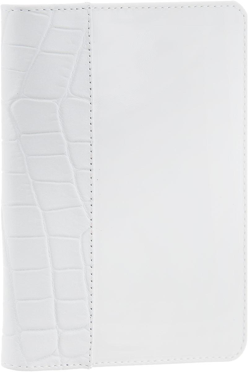 Обложка для паспорта женская Esse Page, цвет: белый. GPGE00-000000-FF903O-K100GPGE00-000000-FF903O-K100Стильная женская обложка для паспорта Esse Page выполнена из натуральной кожи, оформлена комбинацией гладкой блестящей кожи и кожи с тиснением под крокодила. На внутреннем развороте имеются три кармана для кредитных карт или визиток. Внутри обложка декорирована тиснением логотипа бренда. Обложка не только поможет сохранить внешний вид ваших документов и защитить их от повреждений, но и станет стильным аксессуаром, идеально подходящим вашему образу. Обложка для паспорта стильного дизайна может быть достойным и оригинальным подарком.