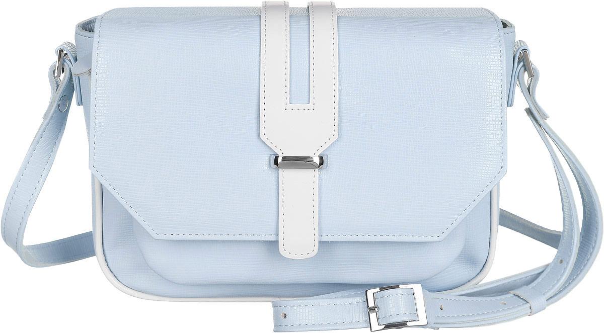 Сумка женская Esse Лилит, цвет: голубой, белый. GLLI2U-00MG09-FF609O-K100GLLI2U-00MG09-FF609O-K100Элегантная женская сумка Esse Лилит изготовлена из натуральной кожи зернистой фактуры. Очень удобная, легкая и практичная модель станет отличным дополнением вашего блистательного образа. Модель легко комбинируется со многими элементами одежды в разных стилях и станет идеальным аксессуаром на каждый день. Сумка состоит из одного отделения и застёгивается клапаном на магнитную кнопку. Клапан украшен декоративным хлястиком, фиксирующимся скобой. Отделение содержит врезной карман на молнии. Лицевая сторона дополнена накладным карманом на молнии, расположенным под клапаном. Сумка оснащена несъемным плечевым ремнём, регулируемой длины. Прилагается текстильный фирменный чехол для хранения. Стильный и практичный аксессуар отлично завершит образ и подчеркнет ваш безупречный вкус.