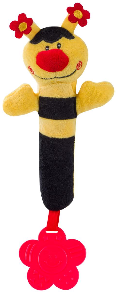 BabyOno Игрушка-пищалка Пчелка цвет желтый черный993Игрушка-пищалка BabyOno Пчелка гарантирует малышу много радости и стимулов для развития чувств в начальный период жизни. Контрастные цвета привлекают внимание ребенка и учат их различать. Усики пчелки украшены маленькими цветочками, побуждая к их исследованию и сравнению с мягким туловищем игрушки. Игрушку легко хватать, чему способствует шелестящий животик. Формы игрушки и цветок-прорезыватель способствуют познаванию разных форм. Прорезыватель успокоит боль десен, во время появления первых зубов. Даже легкое нажатие на игрушку вызывает тонкий звук пищалки, что стимулирует чувства ребенка. Товар сертифицирован.