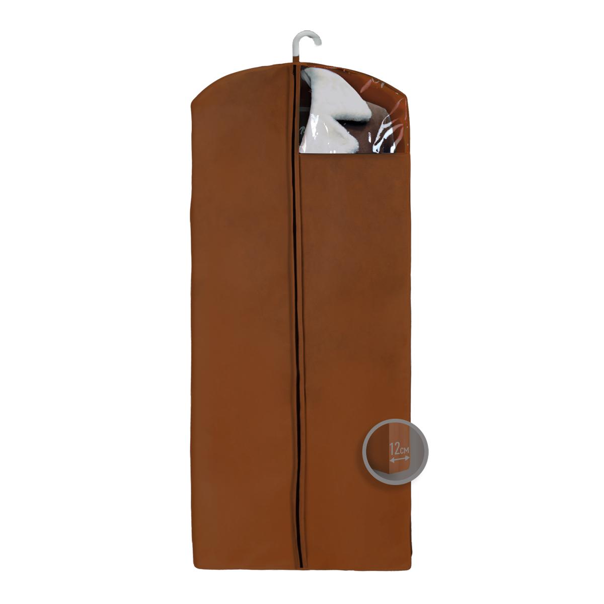 Чехол для верхней одежды Miolla, с окошком, цвет: коричневый, 140 х 60 х 12 смCHL-4-3Чехол для верхней одежды Miolla на застежке-молнии выполнен из высококачественного нетканого материала. Прозрачное полиэтиленовое окошко позволяет видеть содержимое чехла. Подходит для длительного хранения вещей. Чехол обеспечивает вашей одежде надежную защиту от влажности, повреждений и грязи при транспортировке, от запыления при хранении и проникновения моли. Чехол обладает водоотталкивающими свойствами, а также позволяет воздуху свободно поступать внутрь вещей, обеспечивая их кондиционирование. Это особенно важно при хранении кожаных и меховых изделий. Размер чехла: 140 х 60 х 12 см.