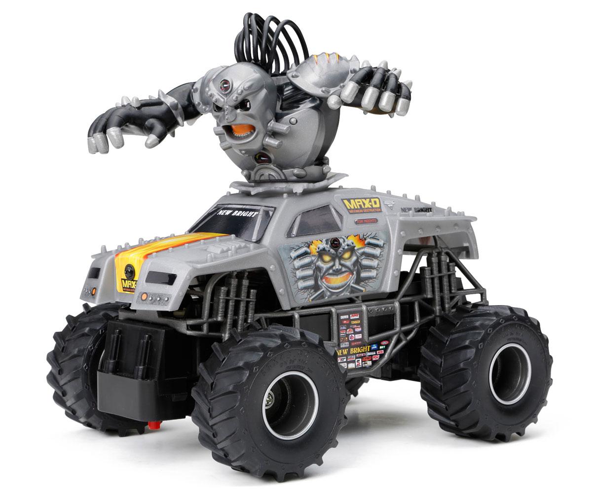 New Bright Радиоуправляемая модель Max-D Carnage Creature2433MПредставьте себе рев толпы и звуки мнущегося под мощным напором металла. С этой радиоуправляемой моделью New Bright Max-D Carnage Creature вы сможете создать собственное шоу Машин Монстров с головокружительными трюками. Большие прорезиненные колеса игрушки обеспечивают плавный ход. Юные гонщики оценят эту машину за прекрасные технические характеристики и свободу передвижений. Моделью легко управлять и любая гонка принесет удовольствие. Управление машинкой происходит с помощью удобного пульта. Пульт управления работает на частоте 2,4 GHz, а радиус его действия составляет 20 метров. Автомобиль двигается вперед-назад, поворачивает влево-вправо. Радиоуправляемые игрушки способствуют развитию координации движений, моторики и ловкости. Ваш ребенок увлеченно будет играть с моделью, придумывая различные истории и устраивая соревнования. Для работы машины необходимо купить 3 батарейки типа АА (не входят в комплект). Для работы пульта управления необходимы 2 батарейки типа АА (не...