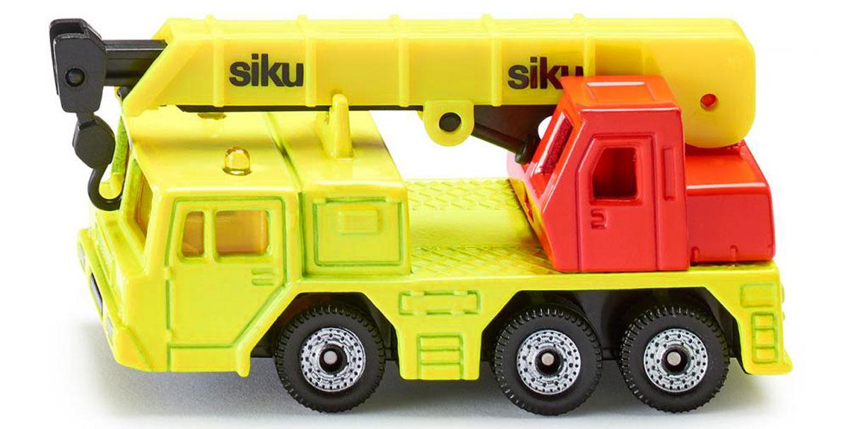 Siku Гидравлический кран1326Гидравлический кран Siku создан для маленького строителя и позволит вашему ребенку пополнить свою коллекцию автомобилей. Корпус и кабина выполнены из металла, лобовое и боковые стекла из прозрачного пластика, колеса имеют свободный ход. Стрела поднимается, выдвигается и поворачивается. Модель станет не только интересной игрушкой для ребенка, но и займет достойное место в коллекции.